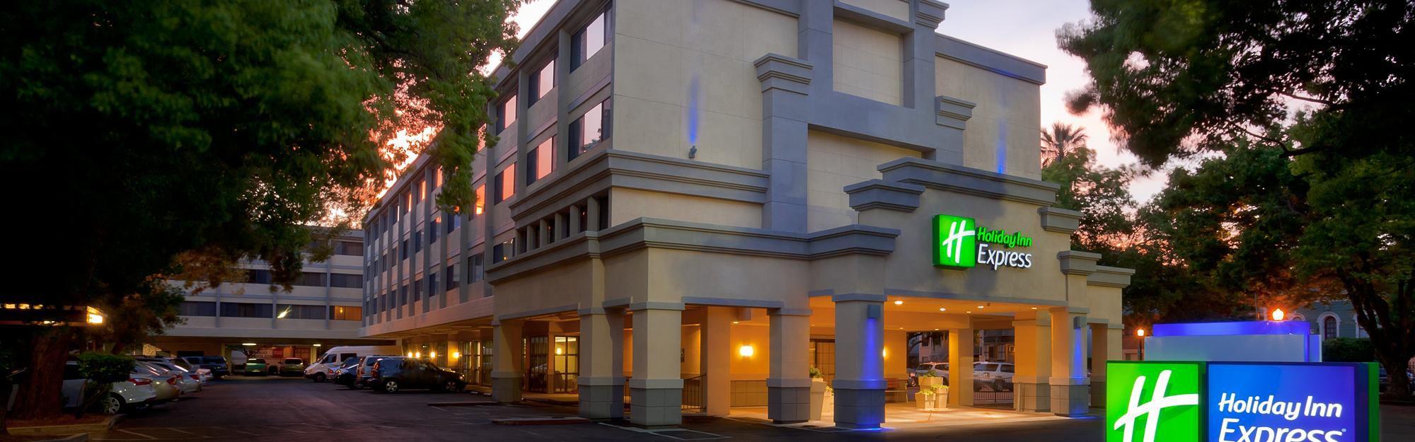Holiday Inn Express Sacramento Convention Center image 0