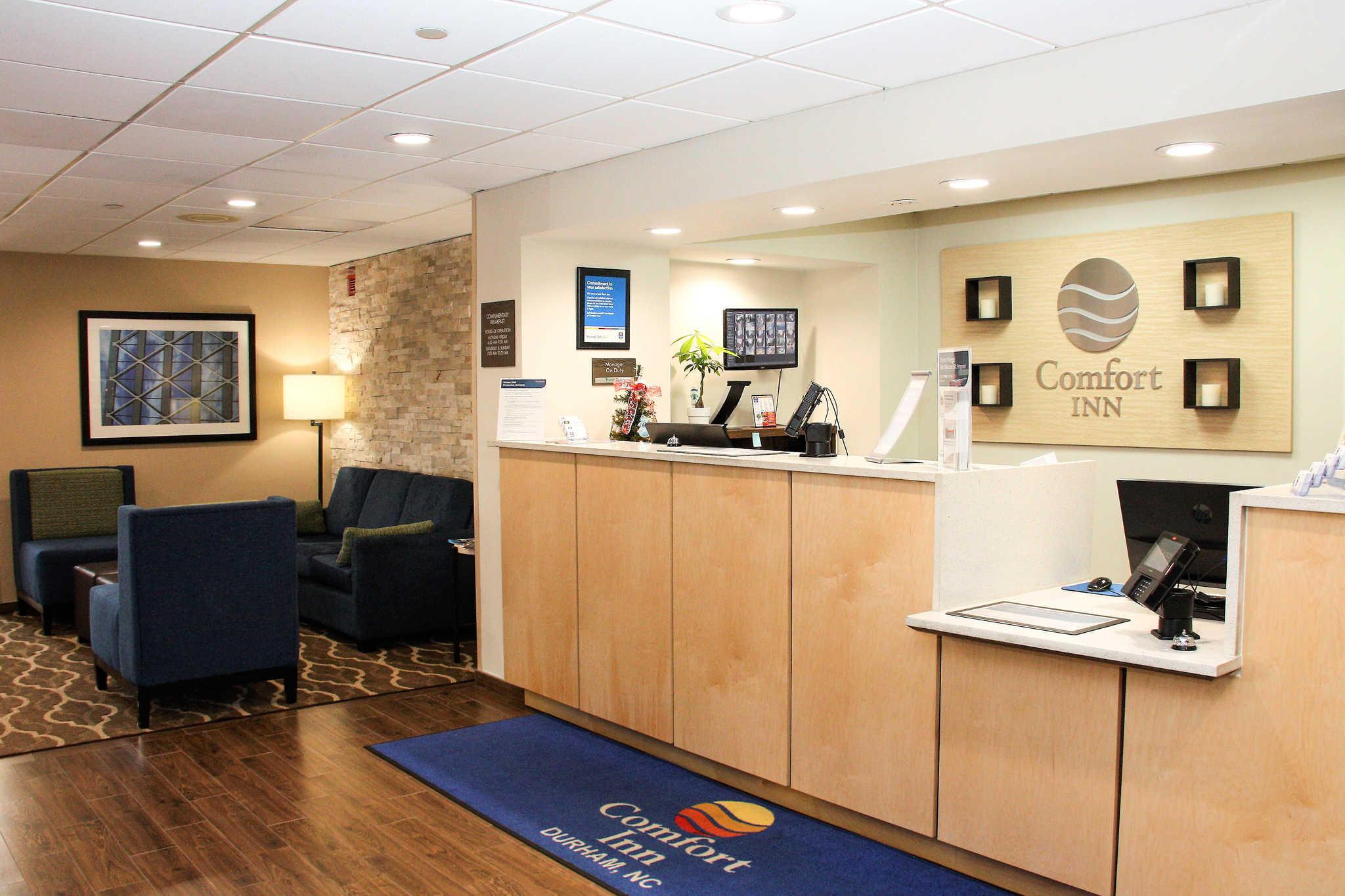 Comfort Inn & Suites Duke University-Downtown image 4