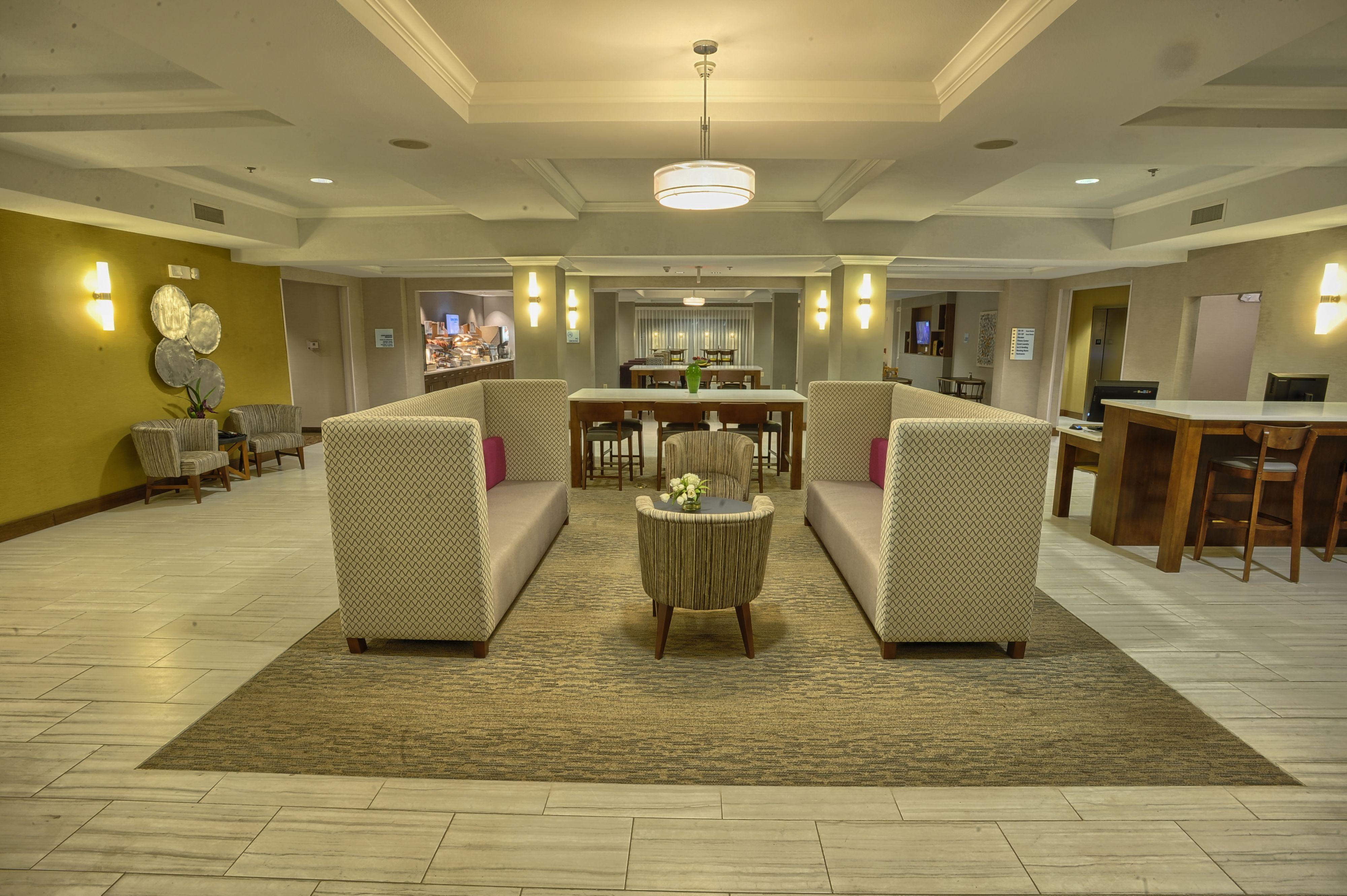 Holiday Inn Express Pell City image 8