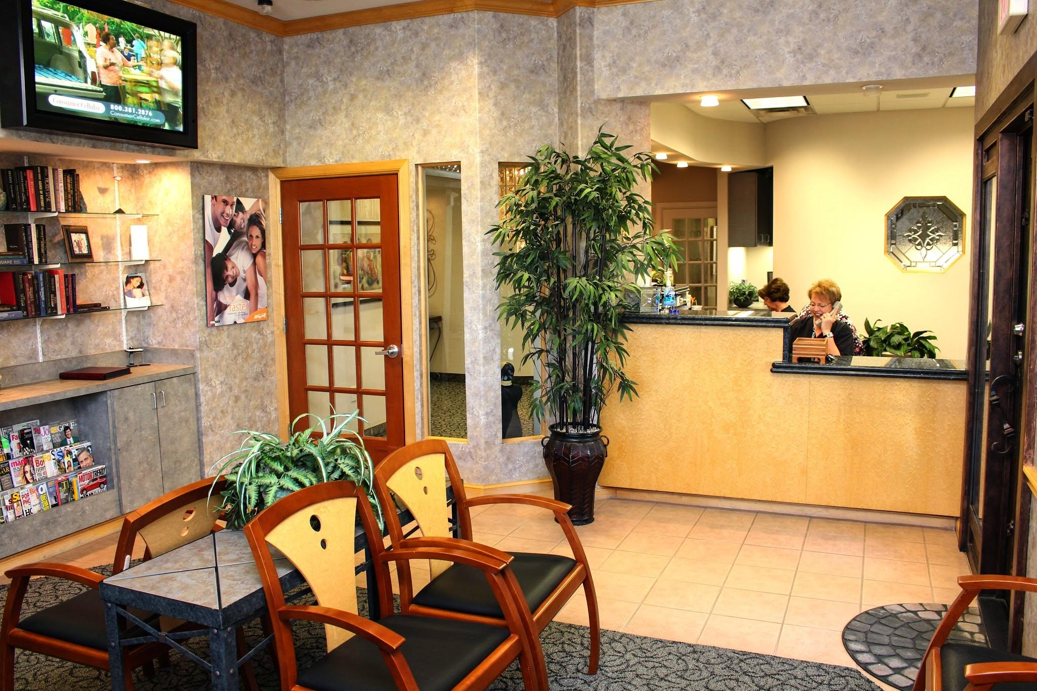 Anthony Dillard, DDS Family & Cosmetic Dentistry image 5