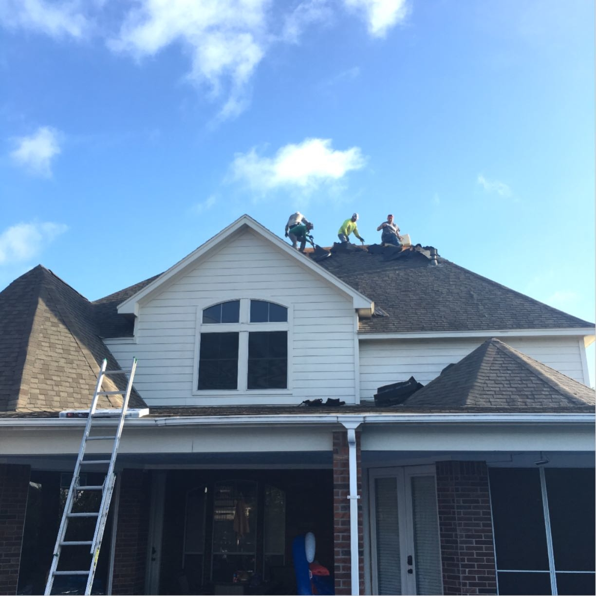 Houston Roofing & Construction image 4