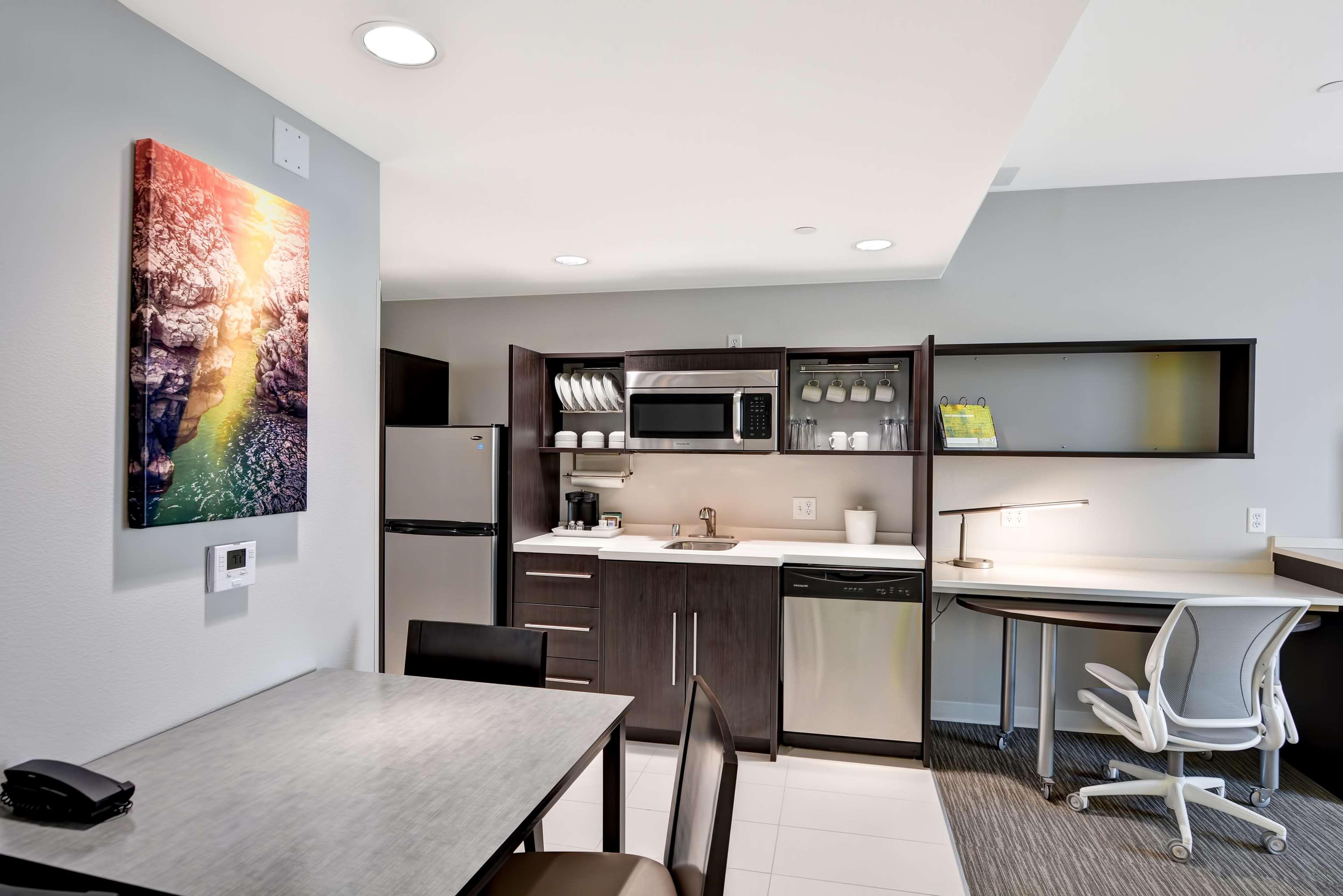 Home2 Suites by Hilton Azusa image 25