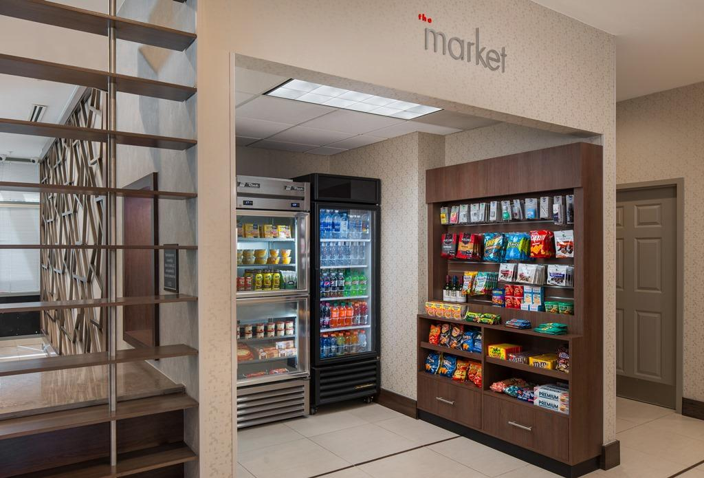 The Market - For guests who need to power up on the go, The Market is open 24 hours a day to provide easy access to a variety of beverages, light meals and snacks, as well as essentials of travel, including toothbrushes, razors and aspirin.