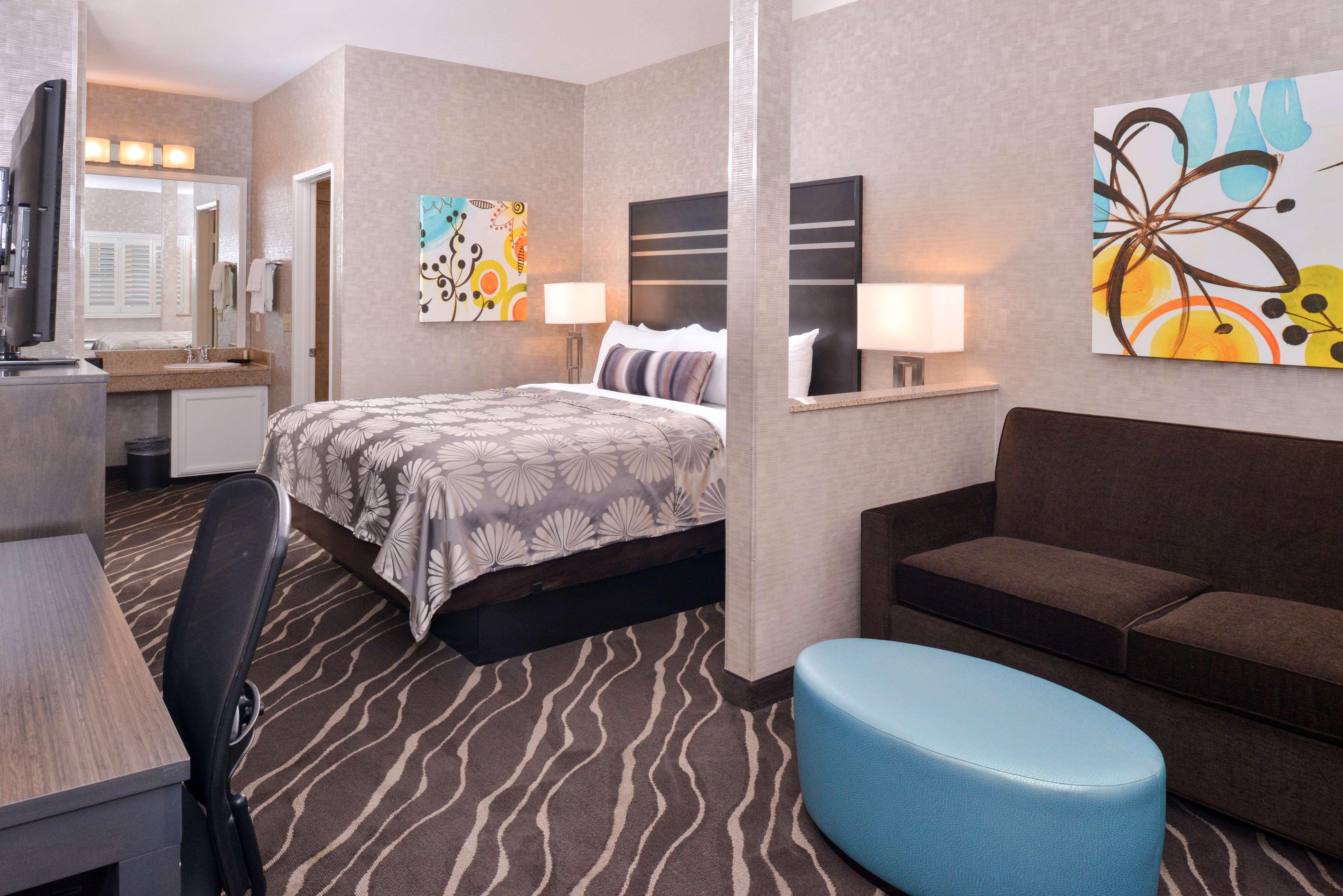 Best Western Plus Park Place Inn - Mini Suites image 19