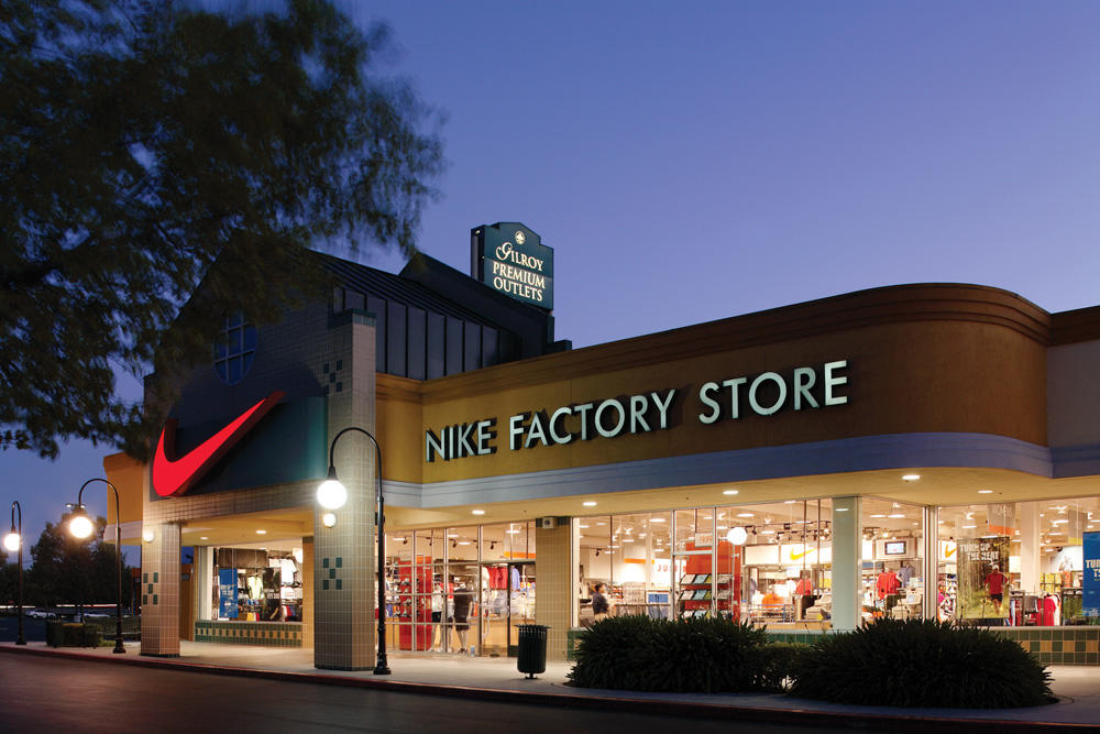 Find factory brand outlet malls across the United States and near you. National and state by state directory of premium brand outlets and company stores.