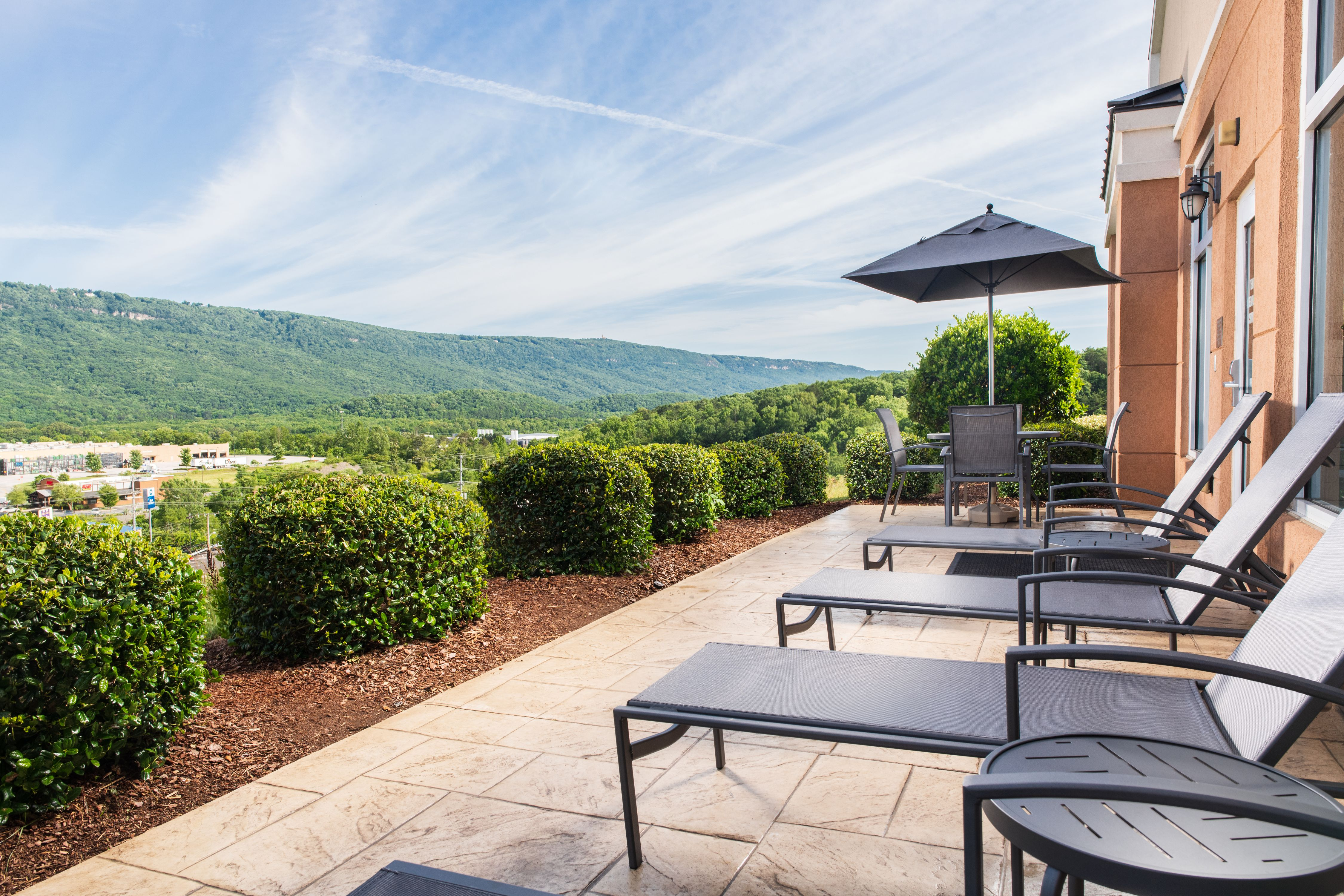 Fairfield Inn & Suites by Marriott Chattanooga I-24/Lookout Mountain image 0