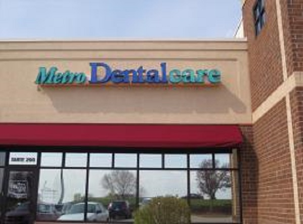 Metro Dentalcare Apple Valley Florence Trail image 0
