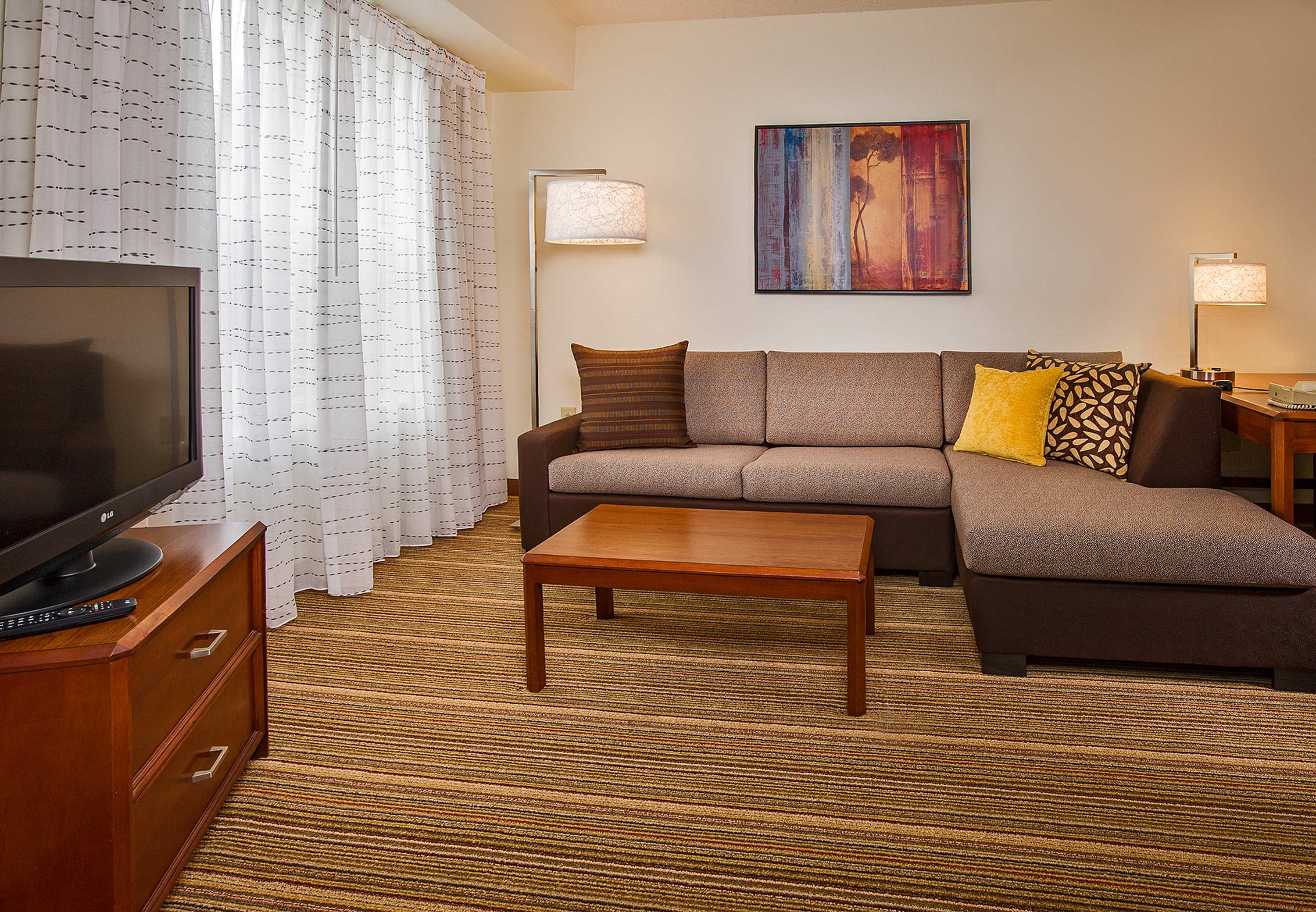 Residence Inn by Marriott Raleigh Cary image 3
