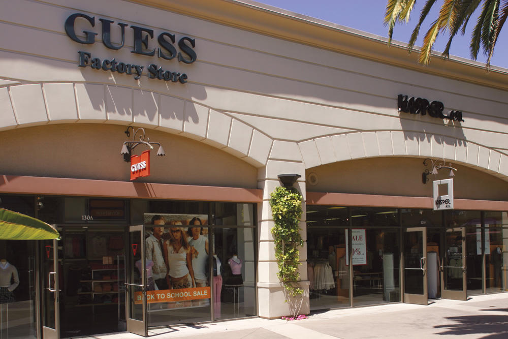 Carlsbad Premium Outlets image 11