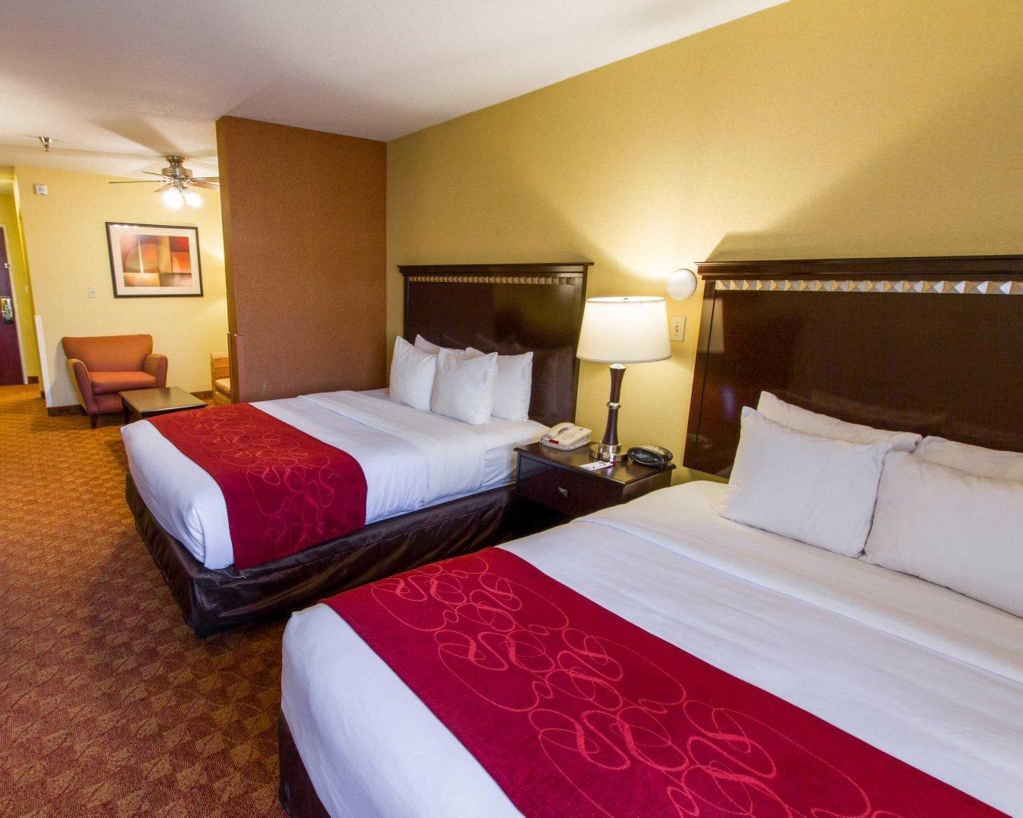 Comfort Suites Phoenix Airport image 15