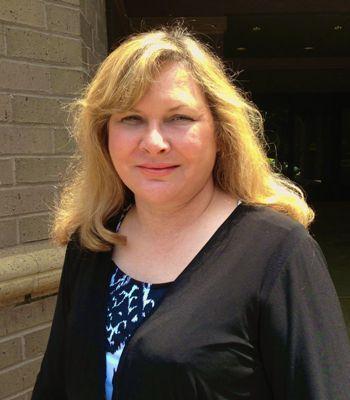 Elizabeth McKinnon: Allstate Insurance