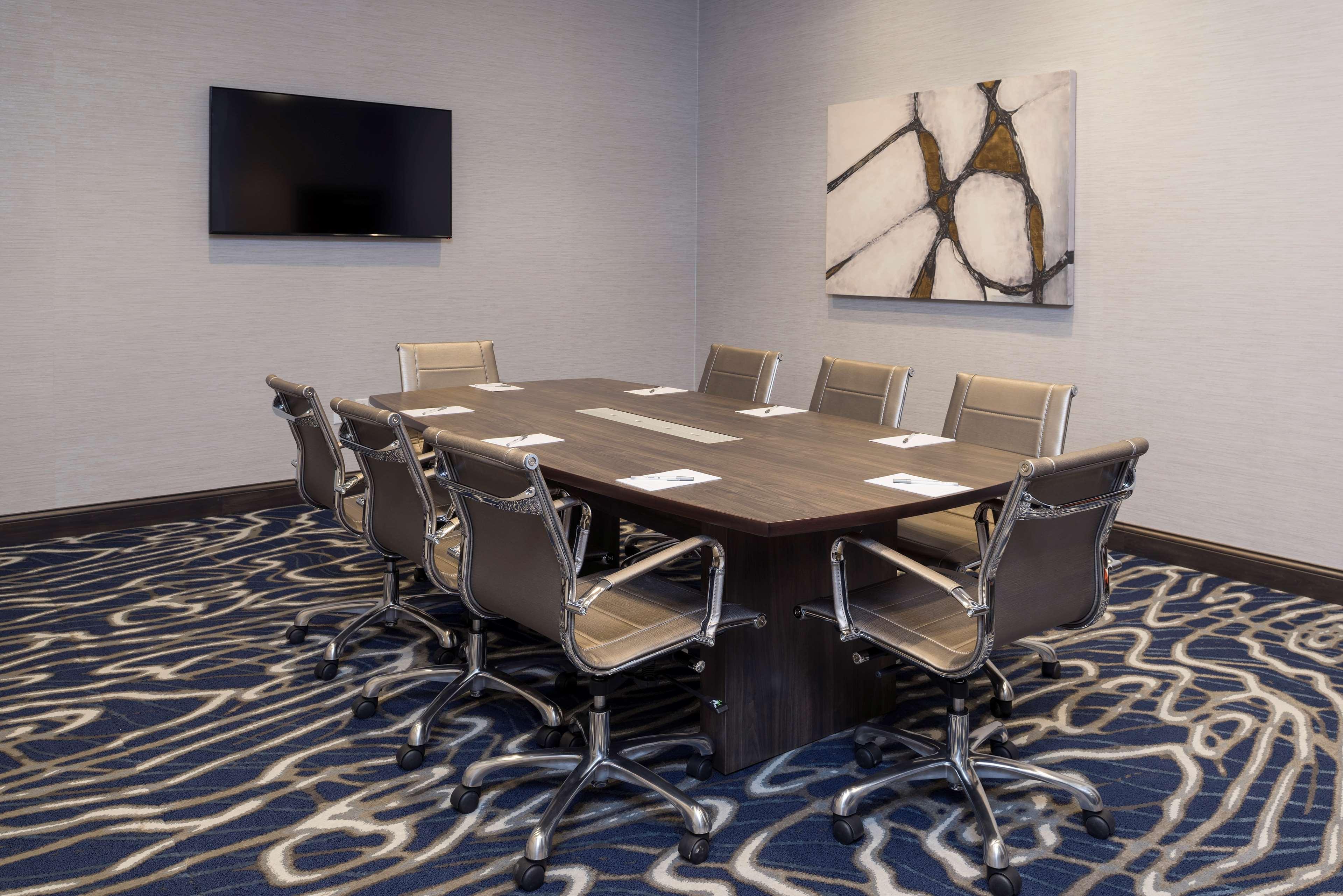 Hampton Inn & Suites Indianapolis-Keystone image 37