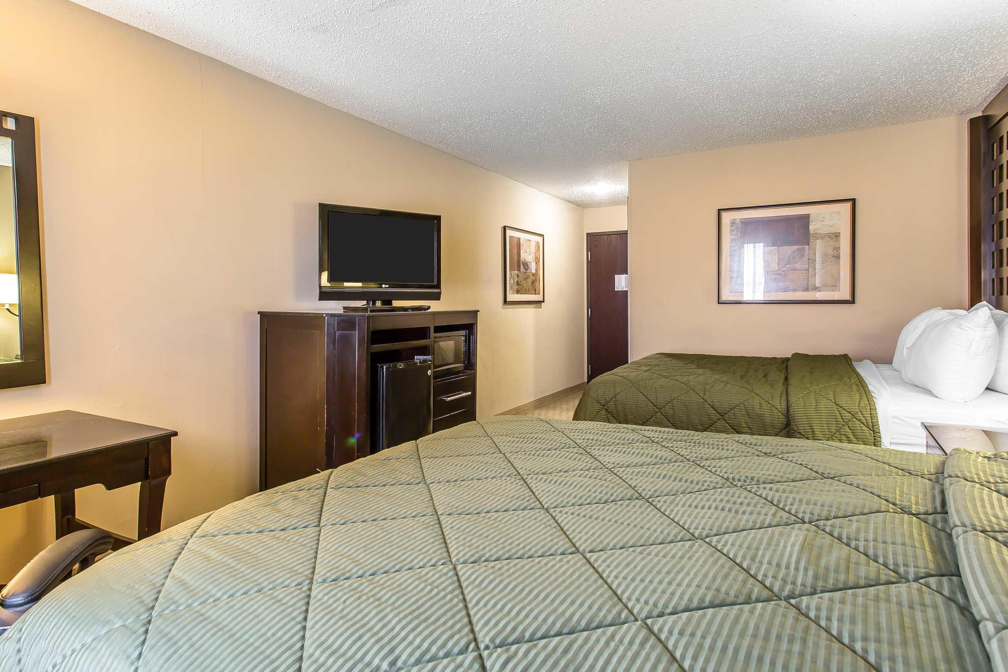 Quality Inn & Suites Durant image 13