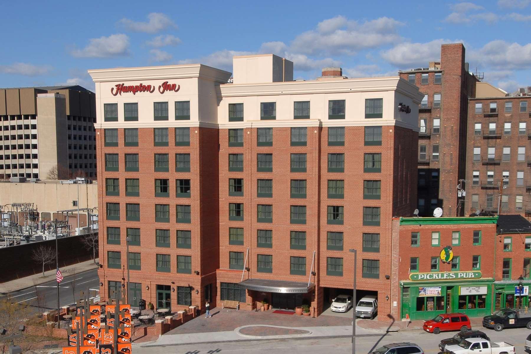 Hampton Inn Baltimore-Downtown-Convention Center image 1