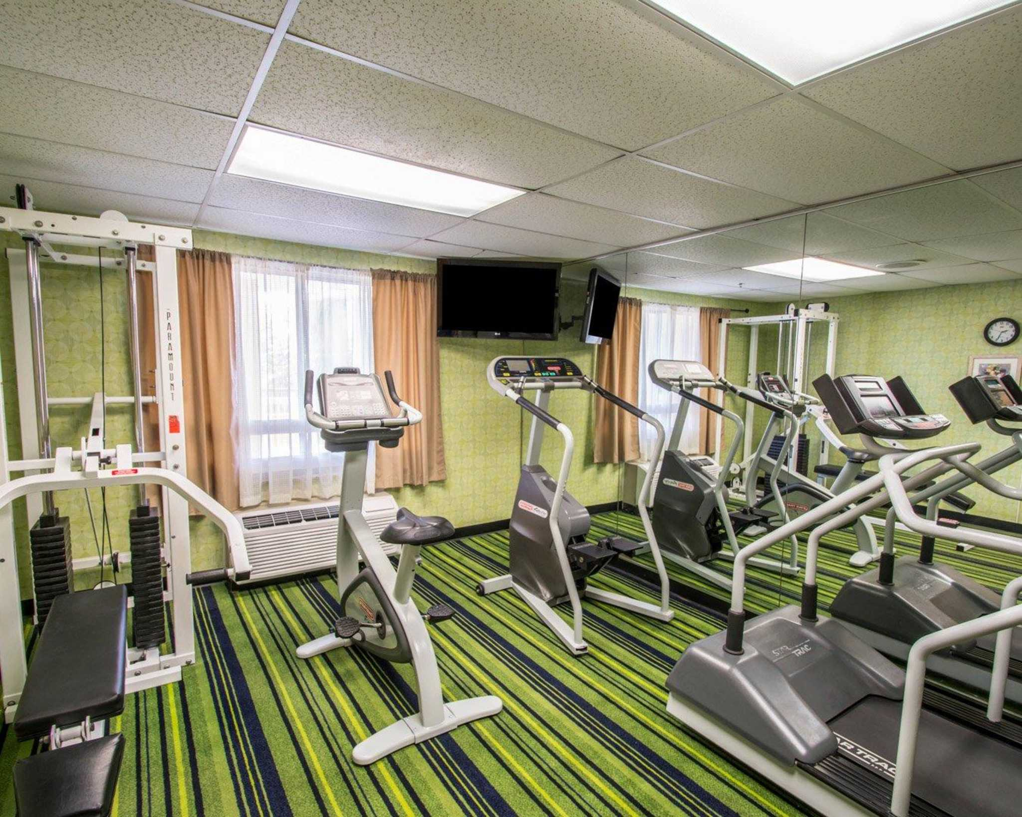 Quality Inn Miami Airport image 24