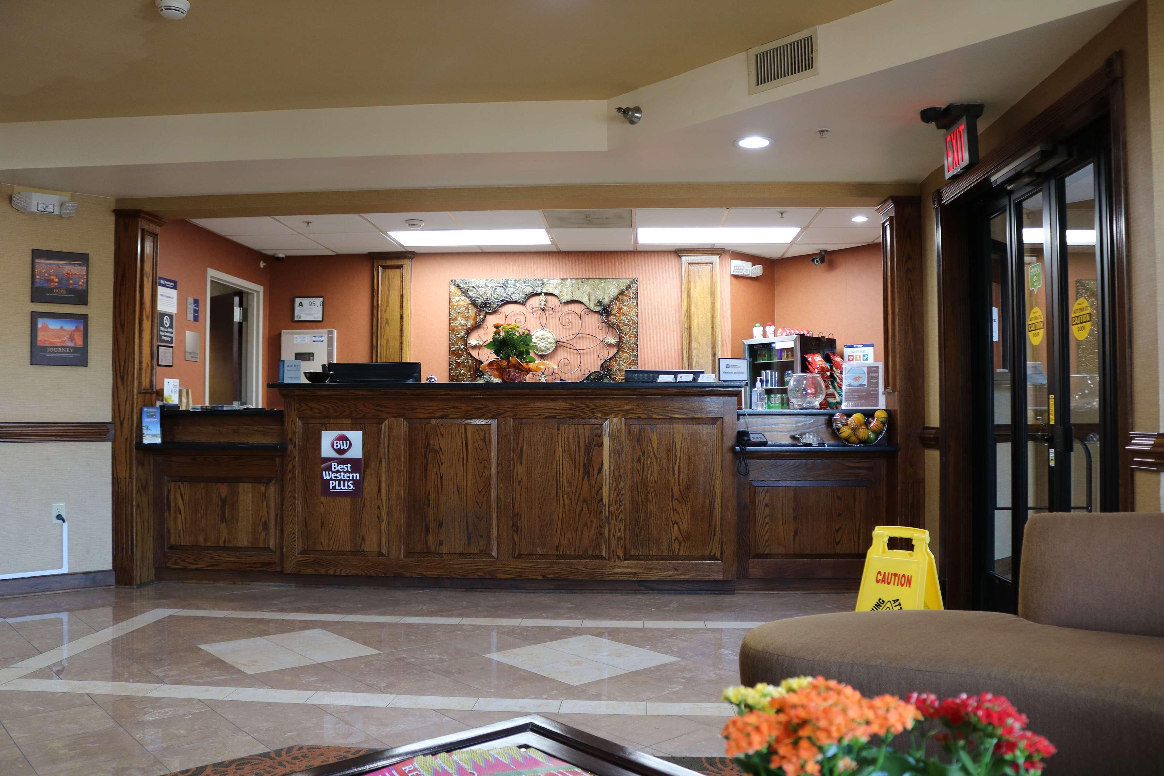 Best Western Plus Greensboro Airport Hotel image 14