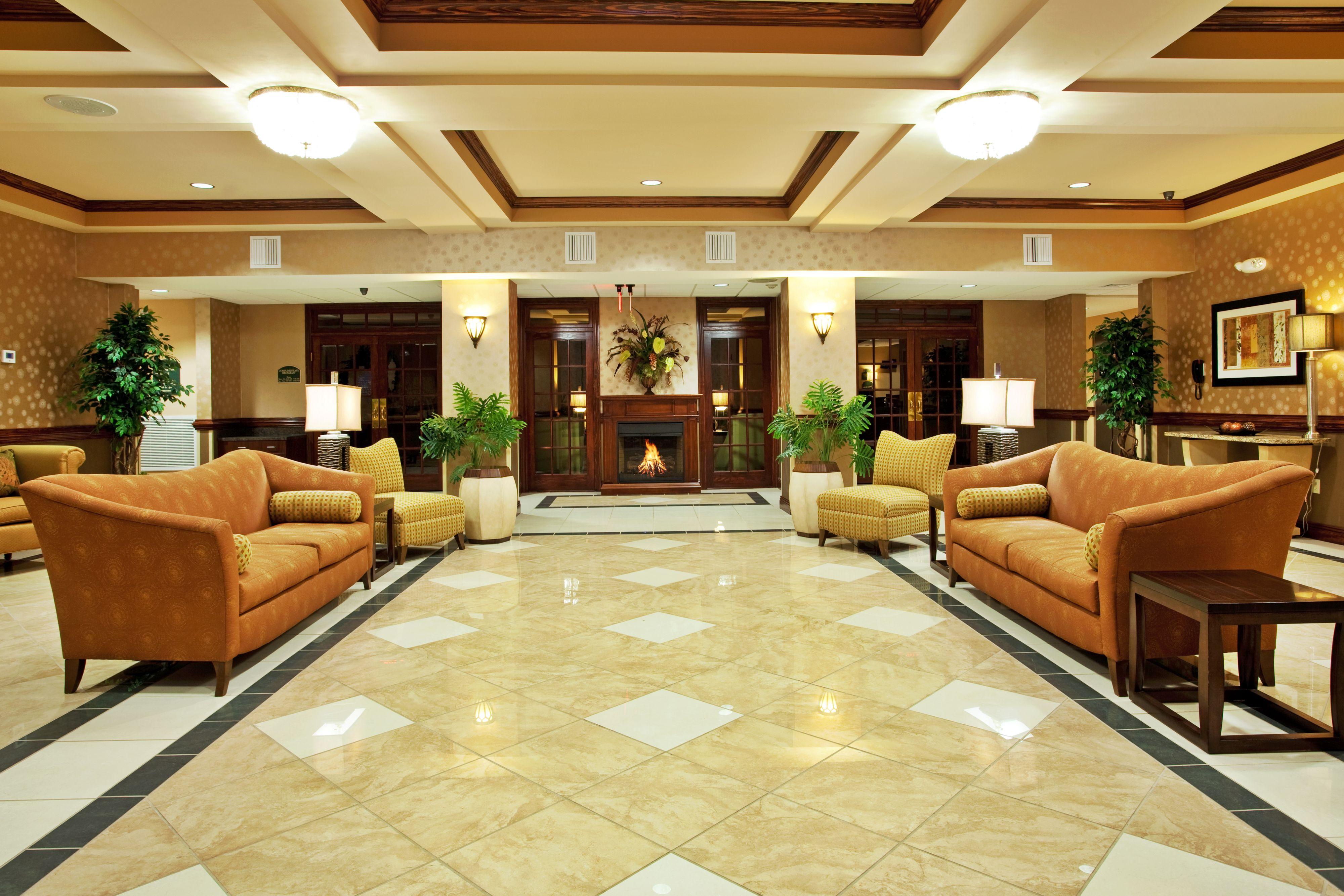 Holiday Inn Express & Suites Biloxi- Ocean Springs image 5