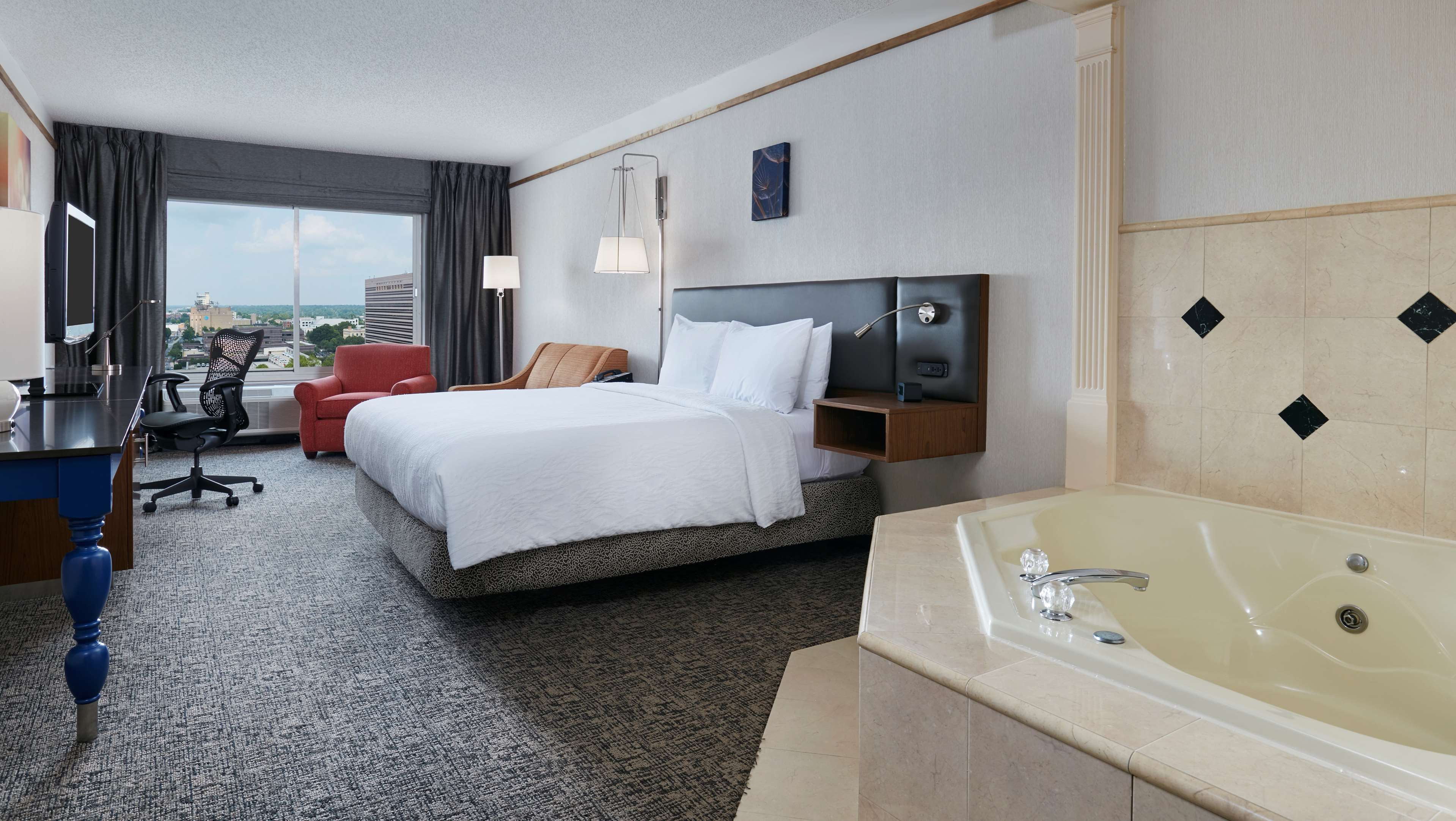 Hilton Garden Inn Charlotte Uptown image 18