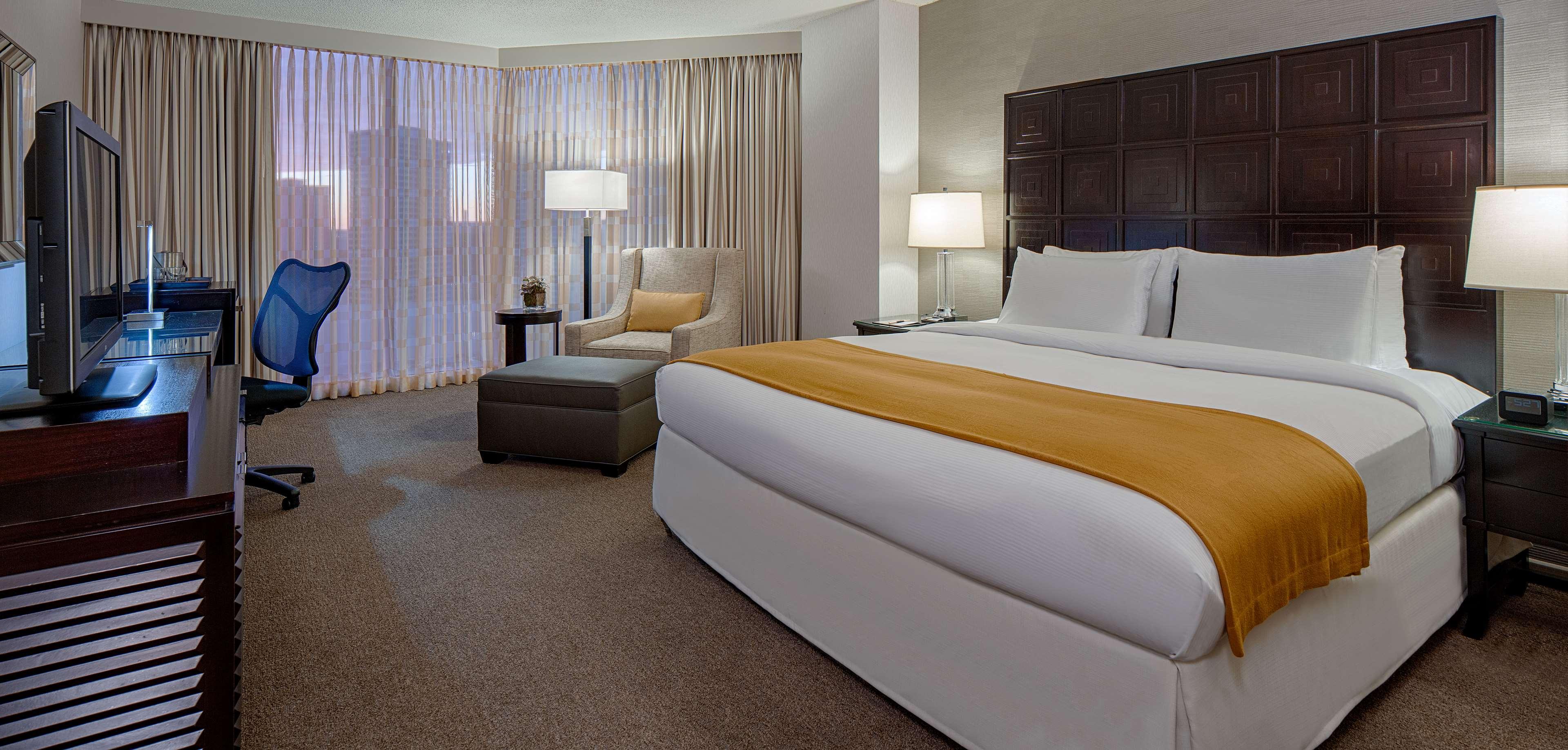 DoubleTree by Hilton Hotel Houston - Greenway Plaza image 17