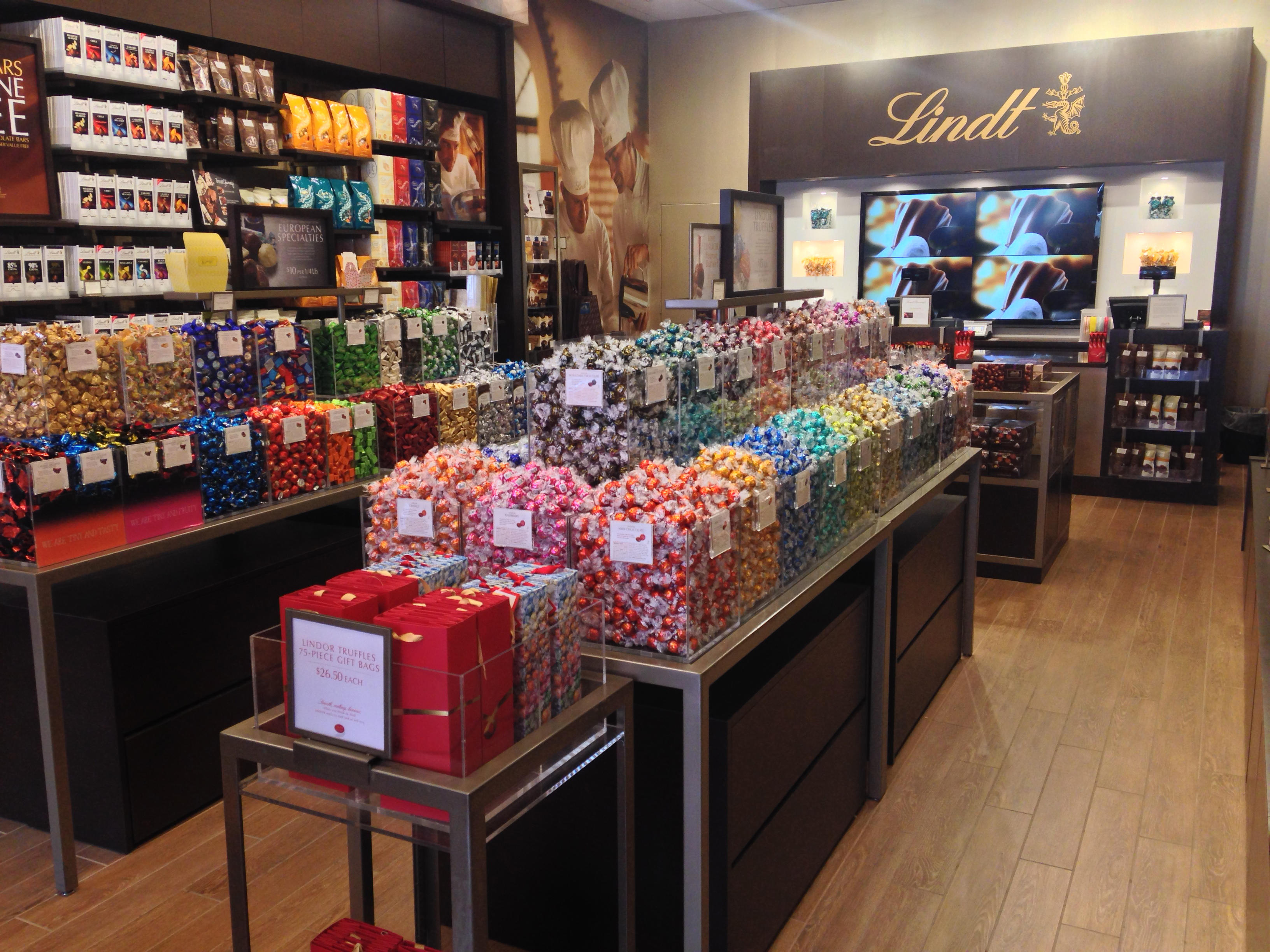 Lindt Chocolate Shop image 1