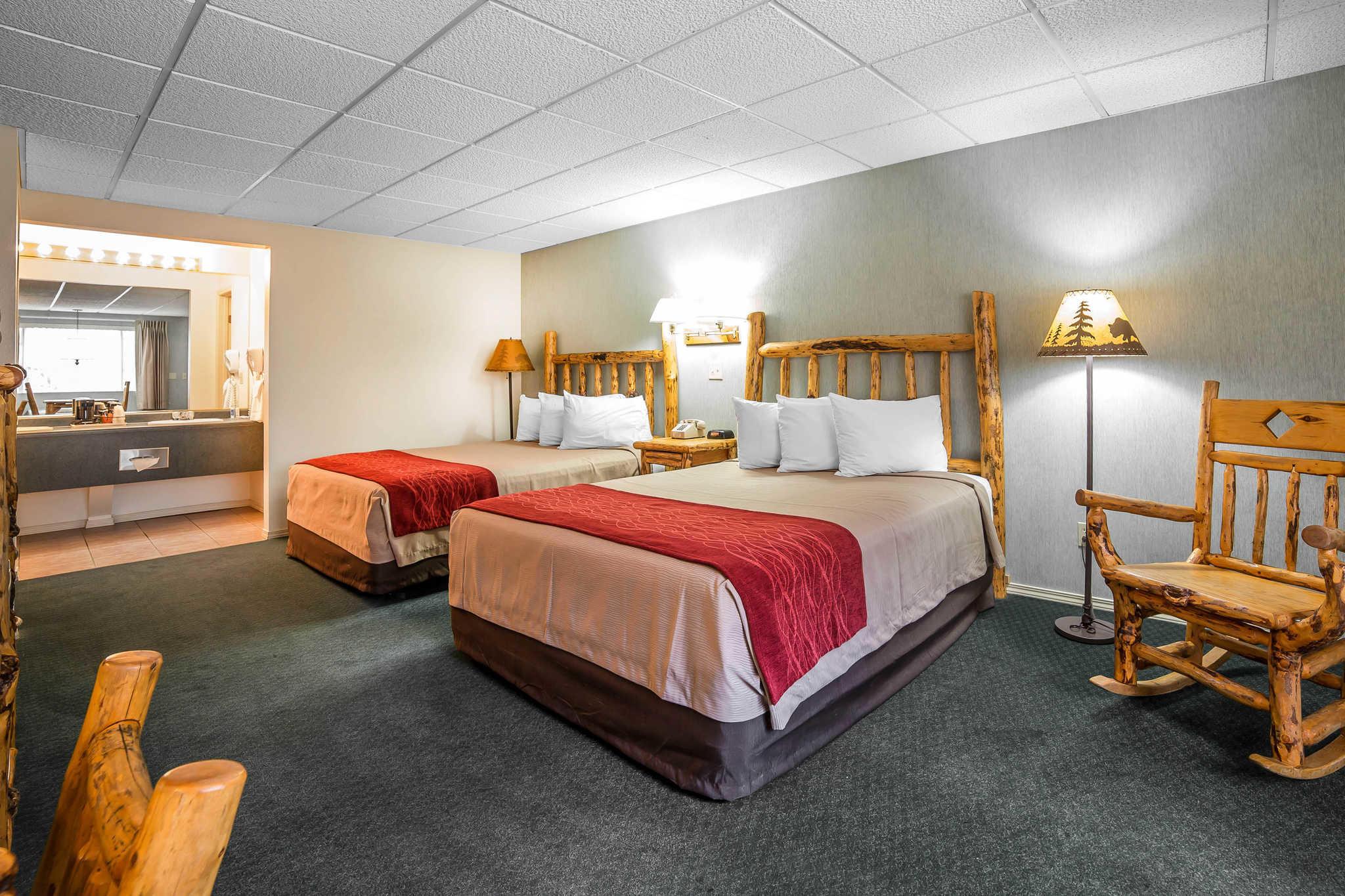 Rodeway Inn Pronghorn Lodge image 24