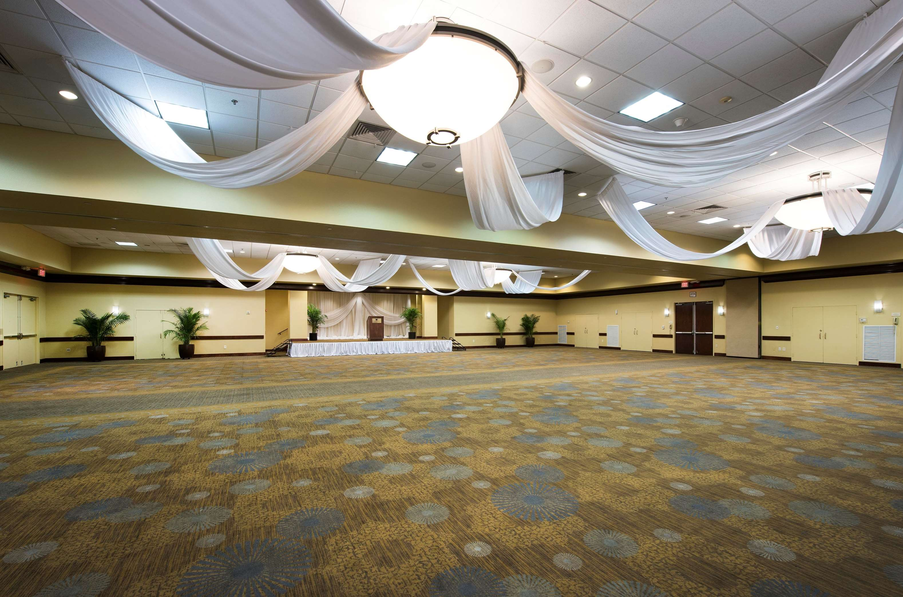 DoubleTree by Hilton Hotel Tampa Airport - Westshore image 40