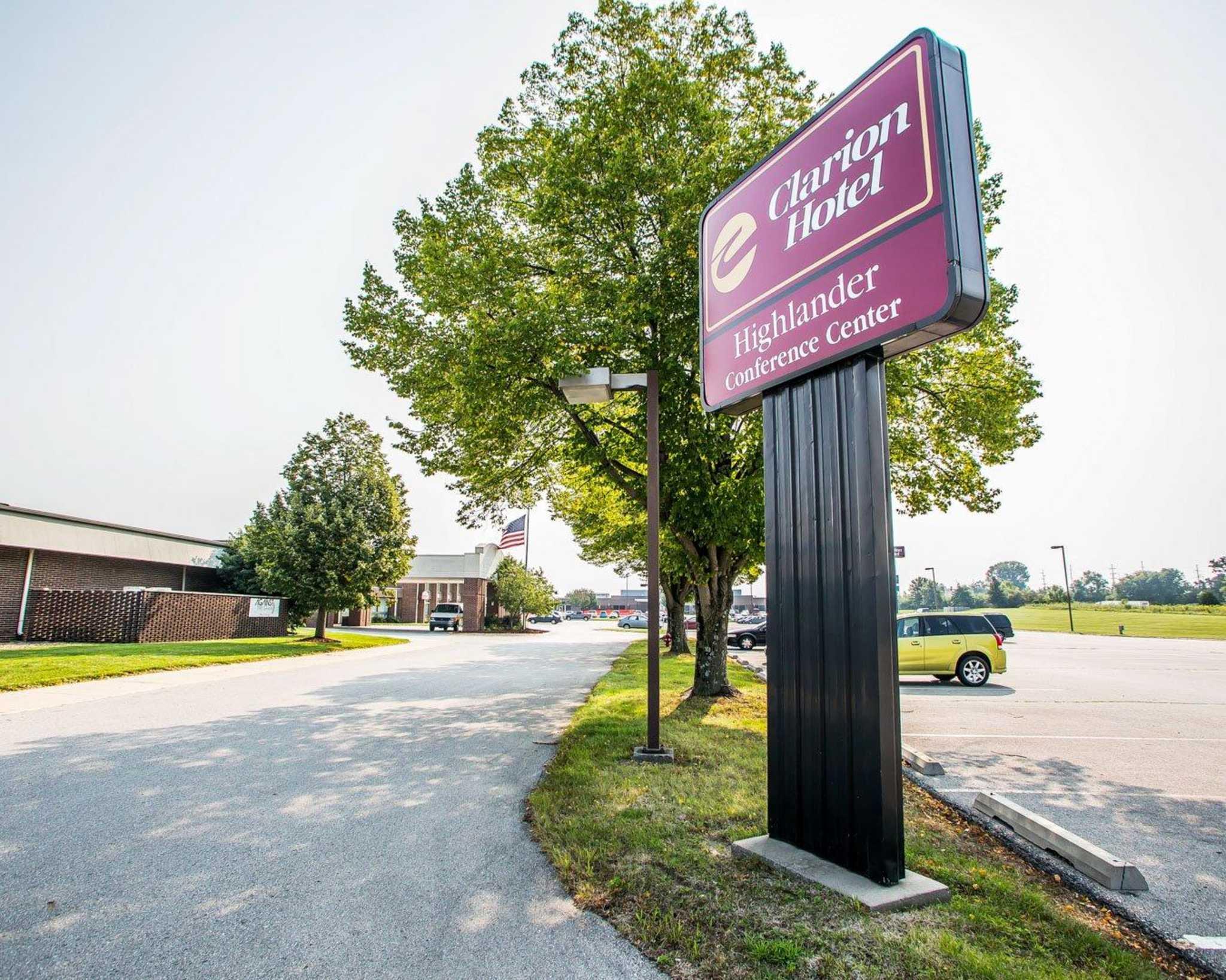 Clarion Hotel Highlander Conference Center image 2