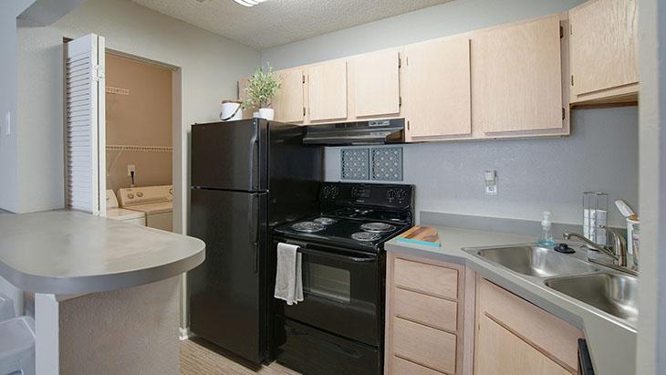 The Hub at Auburn Apartment Homes image 15