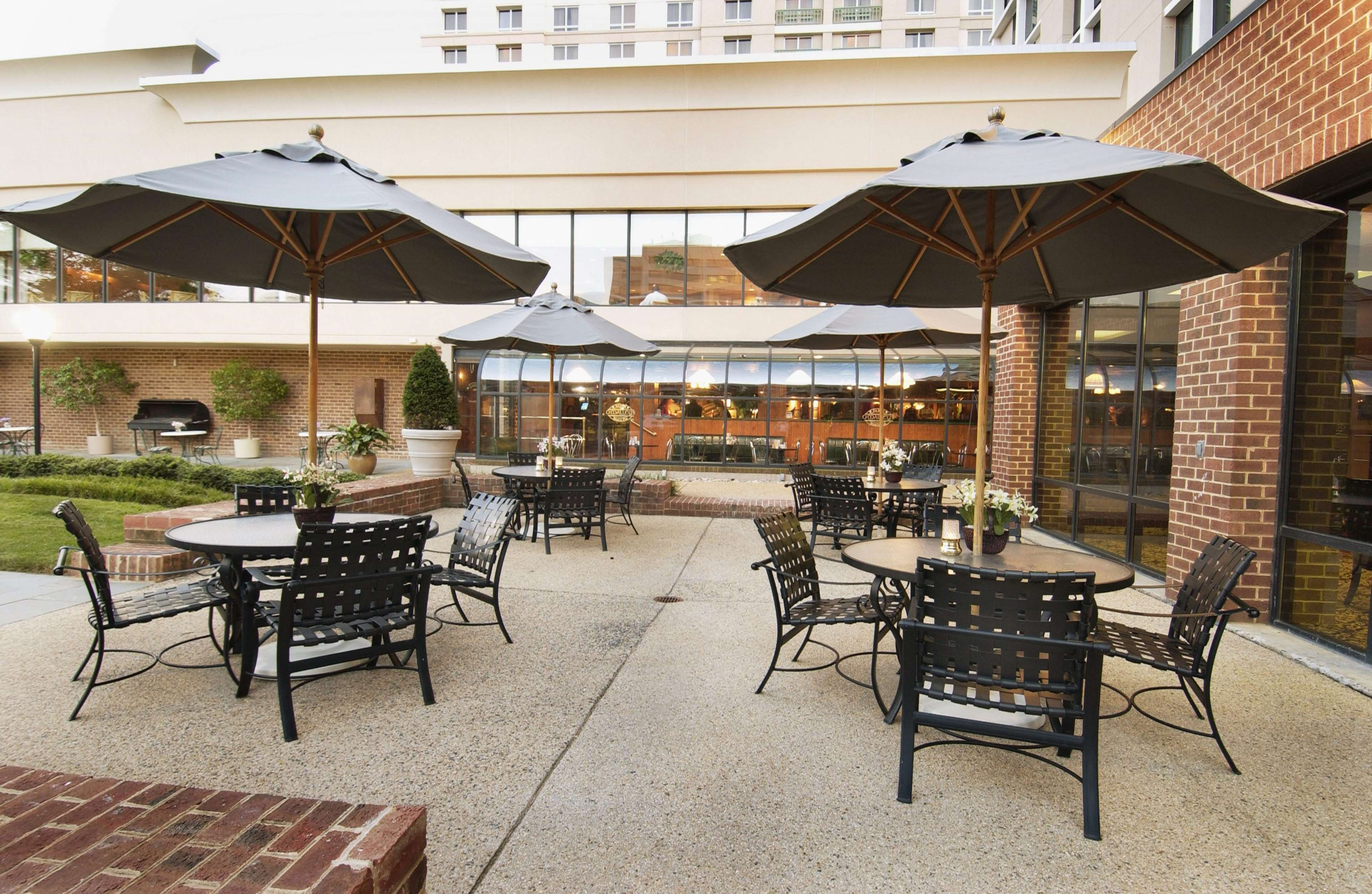 DoubleTree by Hilton McLean Tysons image 33