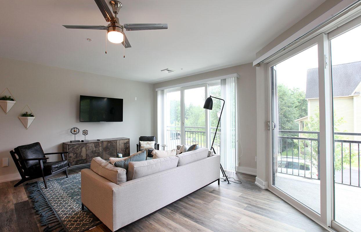 Excelsior Park Apartments image 1