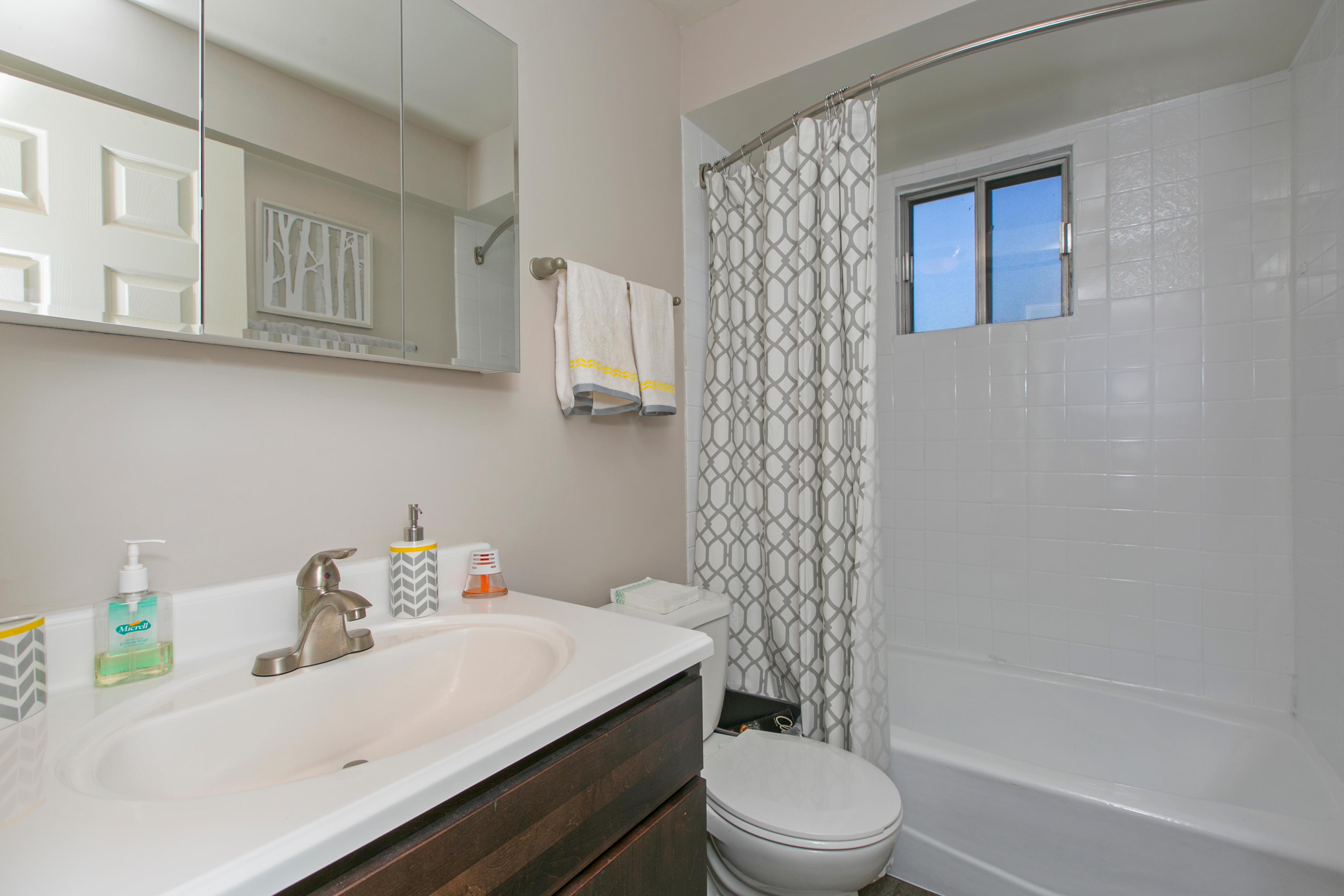 Westmont Village Apartments image 24