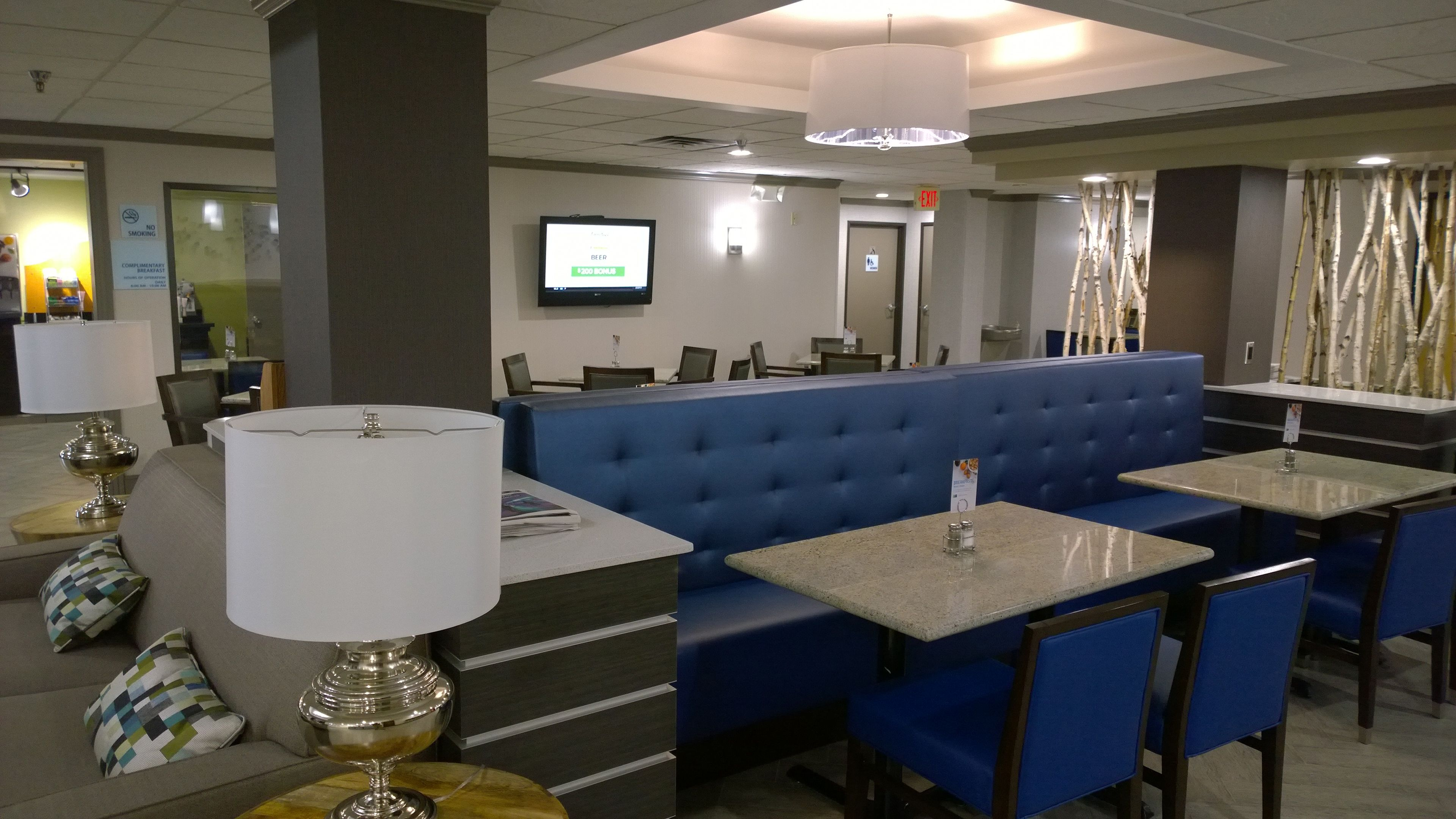 Holiday Inn Express & Suites Fayetteville-Univ Of Ar Area in Fayetteville, AR, photo #8