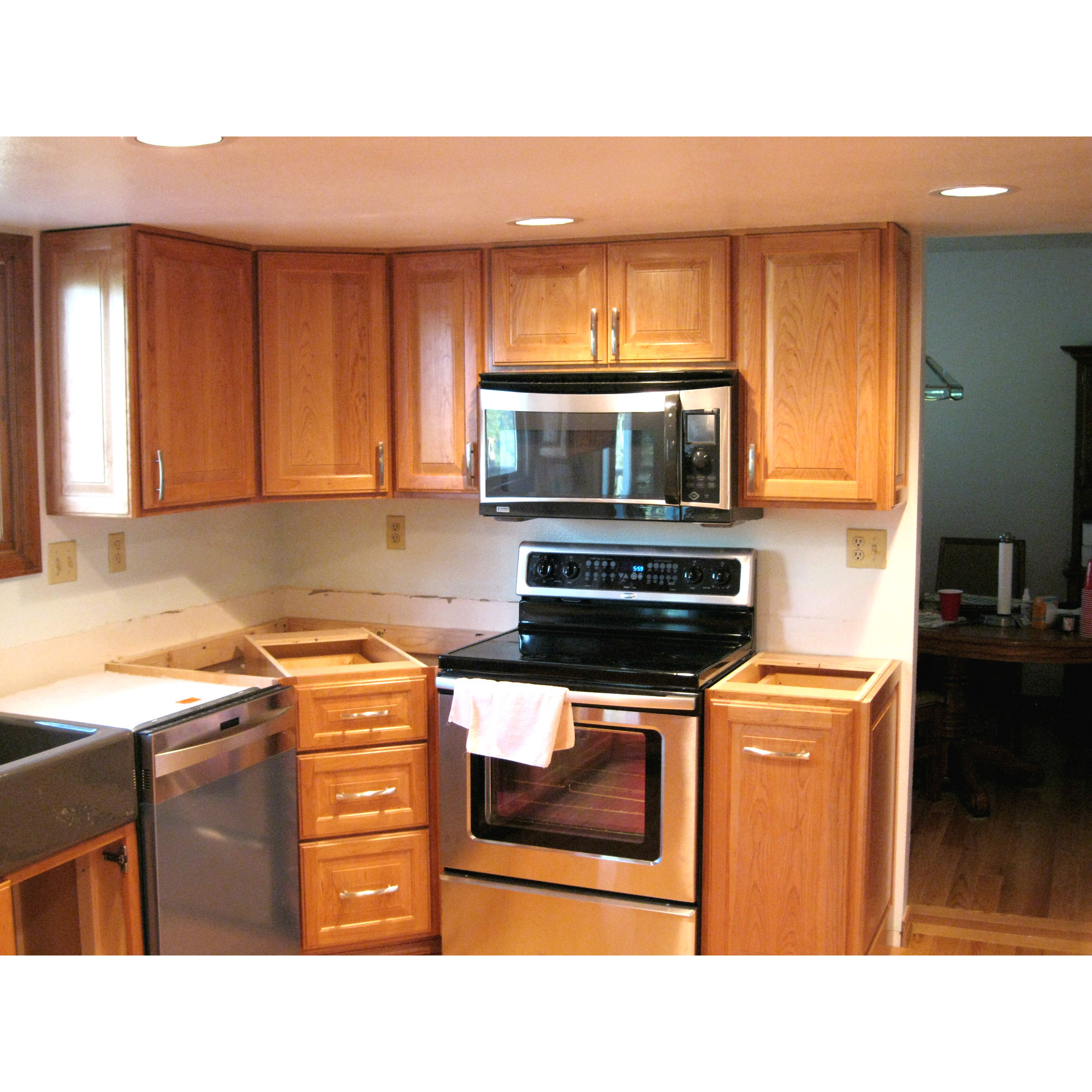 Wood kitchen cabinets denver colorado company research for Kitchen cabinets denver
