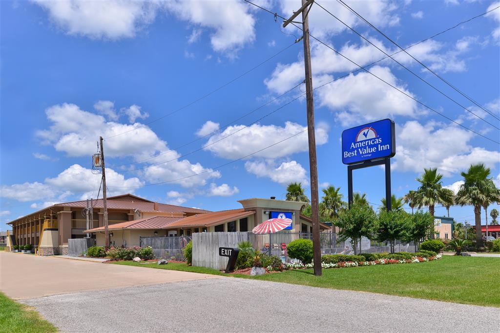 Americas Best Value Inn Angleton
