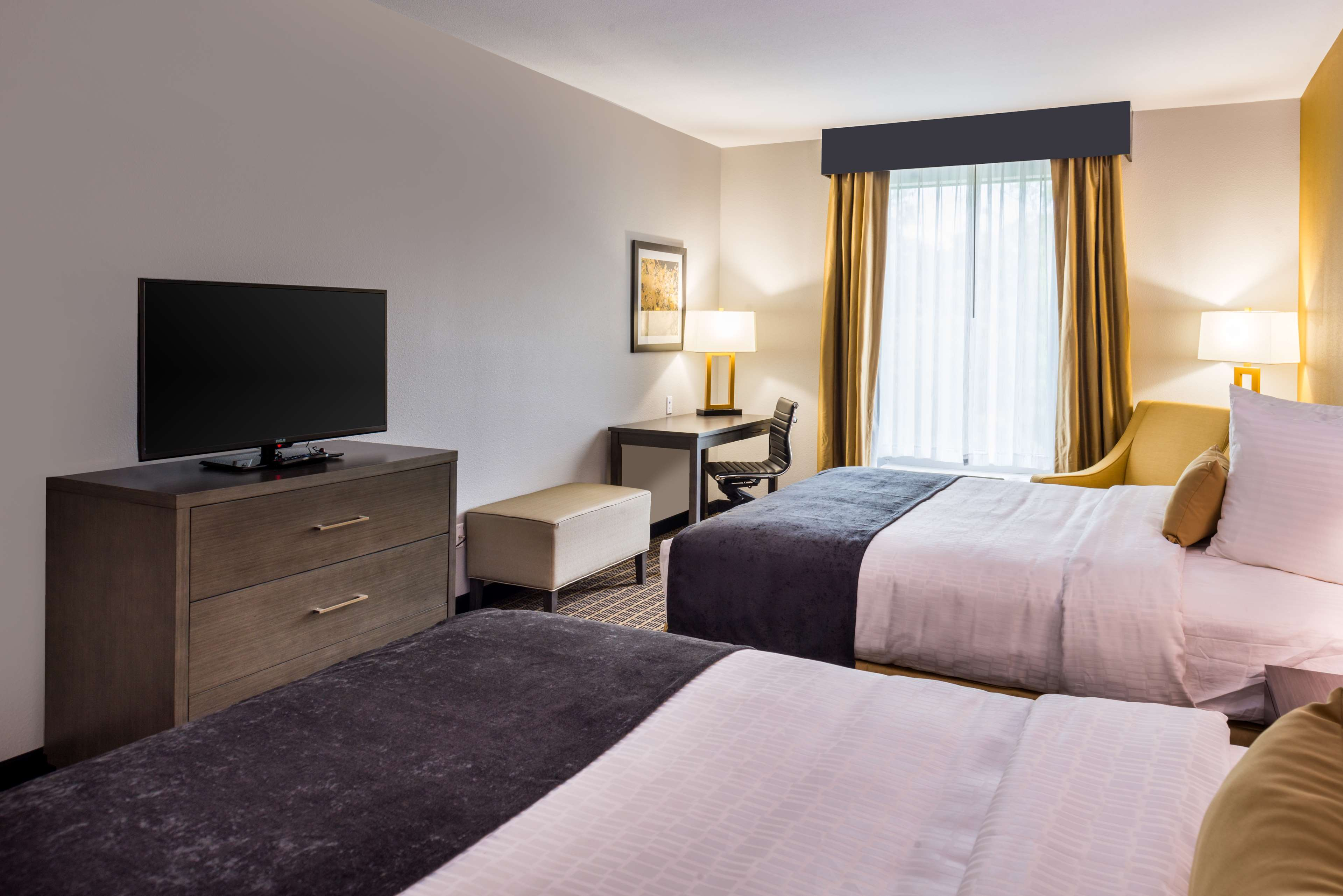 Best Western Plus Regency Park Hotel image 49