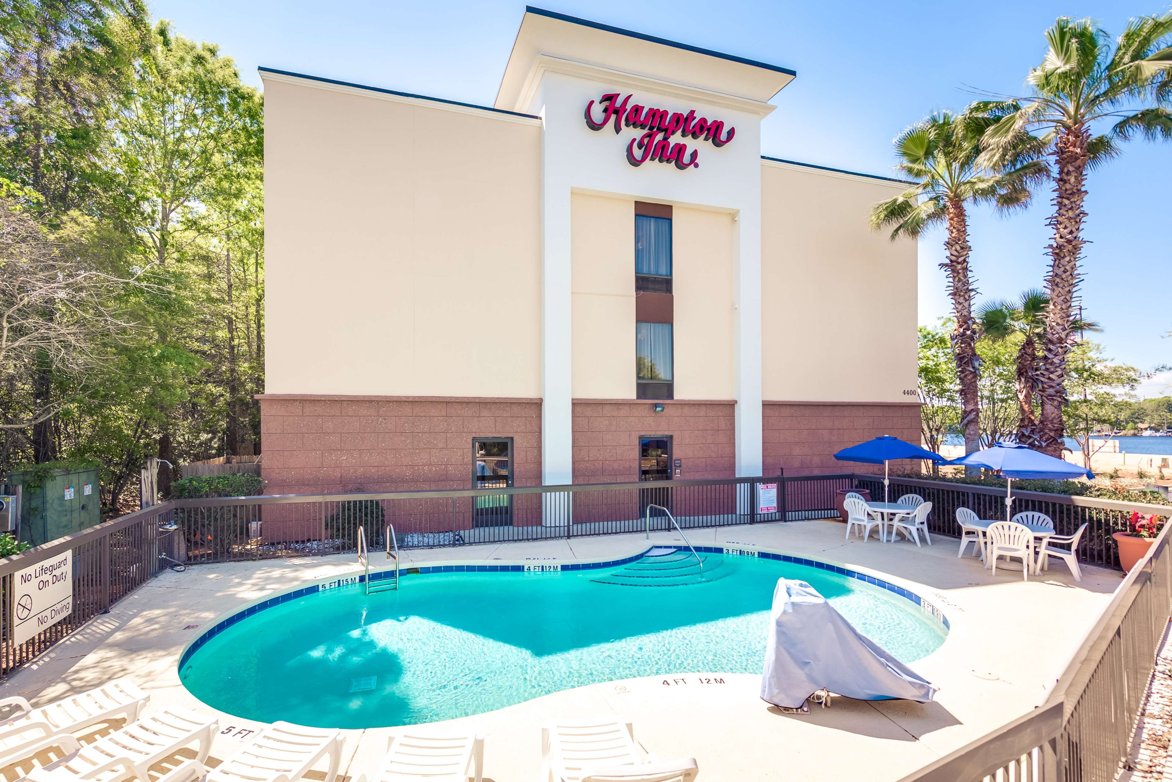 Hampton Inn Niceville-Eglin Air Force Base image 6
