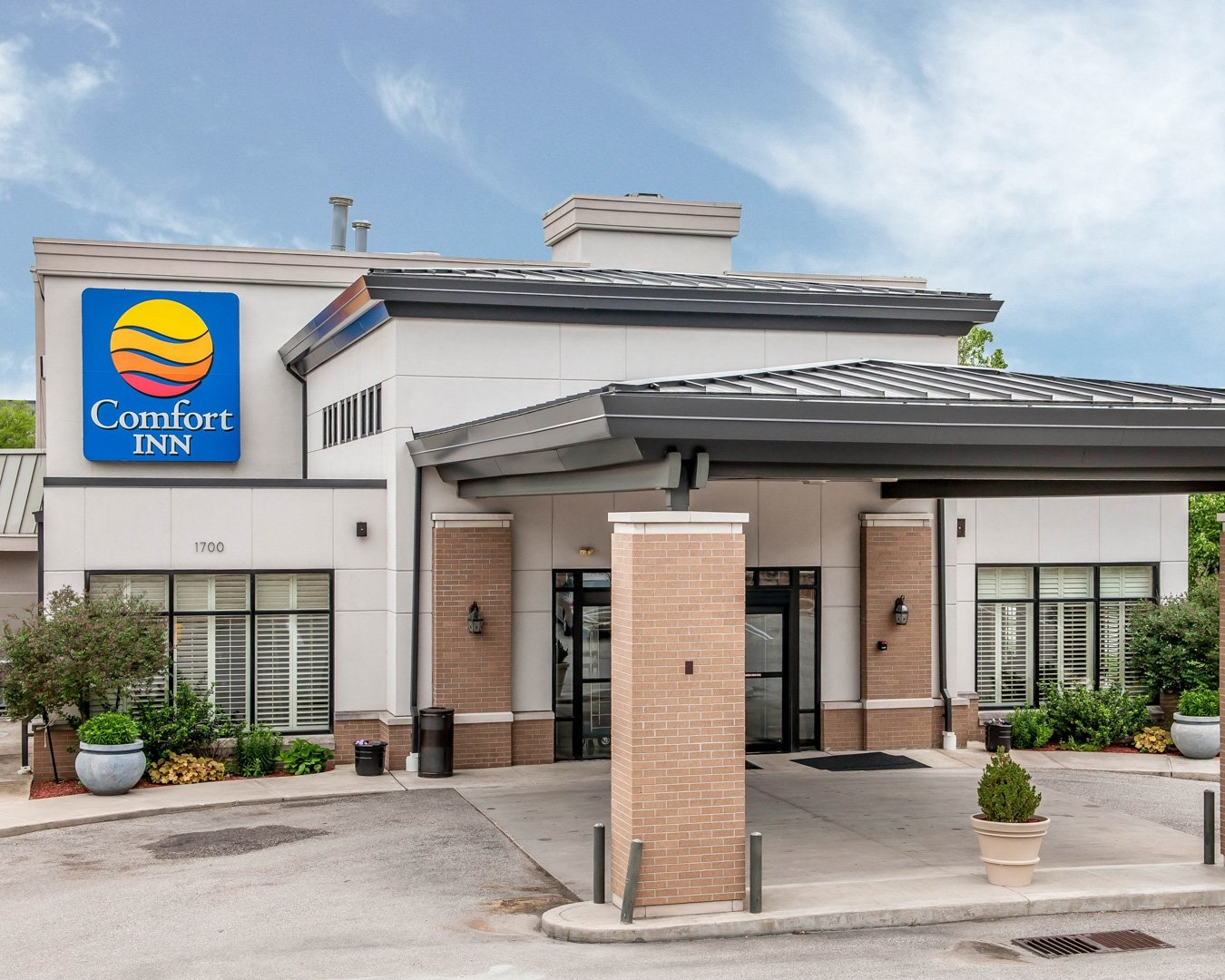 comfort inn in bloomington in whitepages