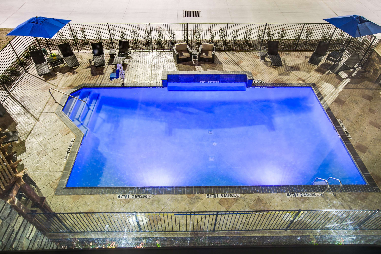 Hampton Inn & Suites Dallas/Ft. Worth Airport South image 7