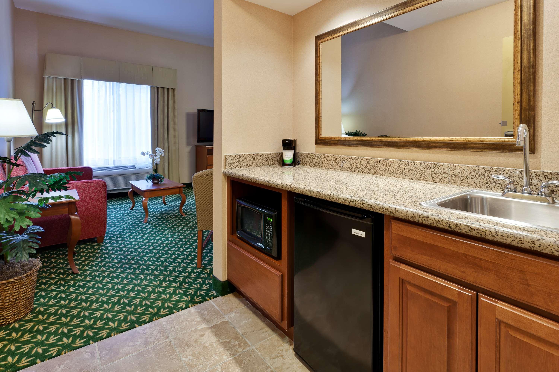 Hampton Inn & Suites Windsor - Sonoma Wine Country image 10