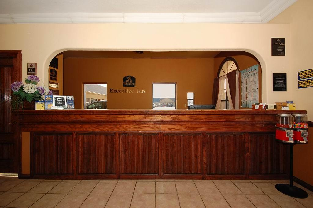 Surestay Hotel By Best Western Alice 1350 S Us Highway 281 Tx Hotels Motels Mapquest