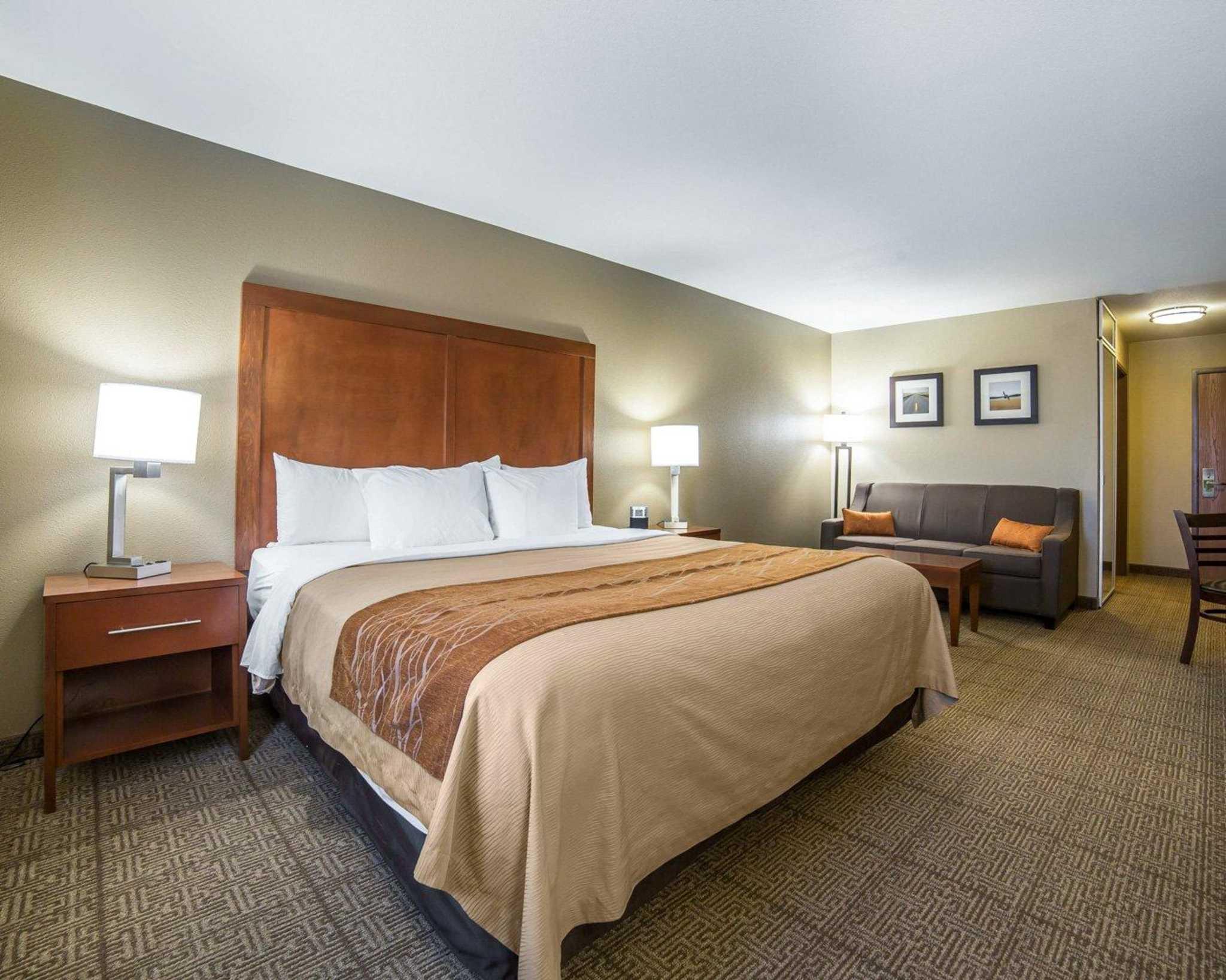 Comfort Inn Evansville-Casper image 31