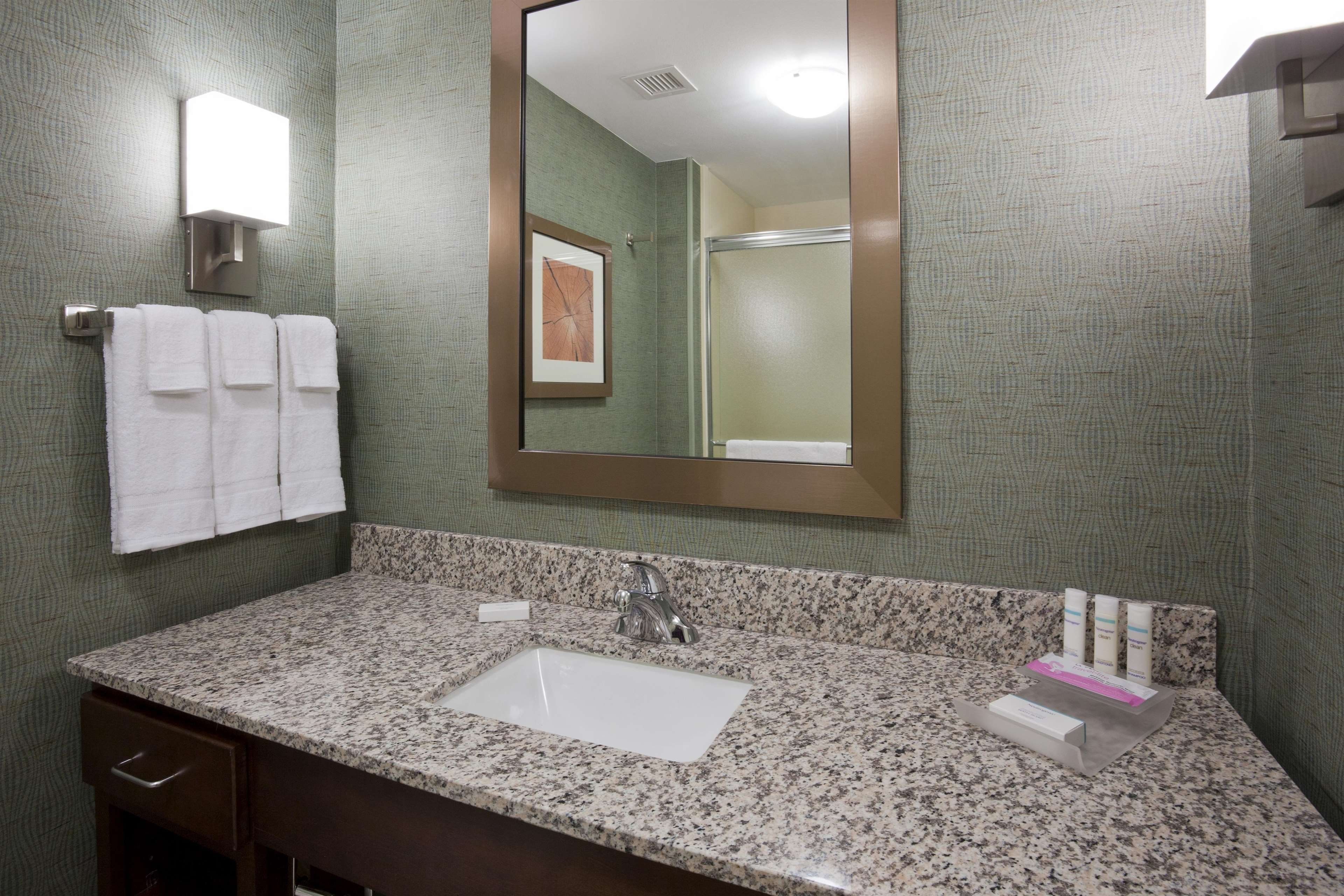 Homewood Suites by Hilton Rochester Mayo Clinic Area/ Saint Marys image 7