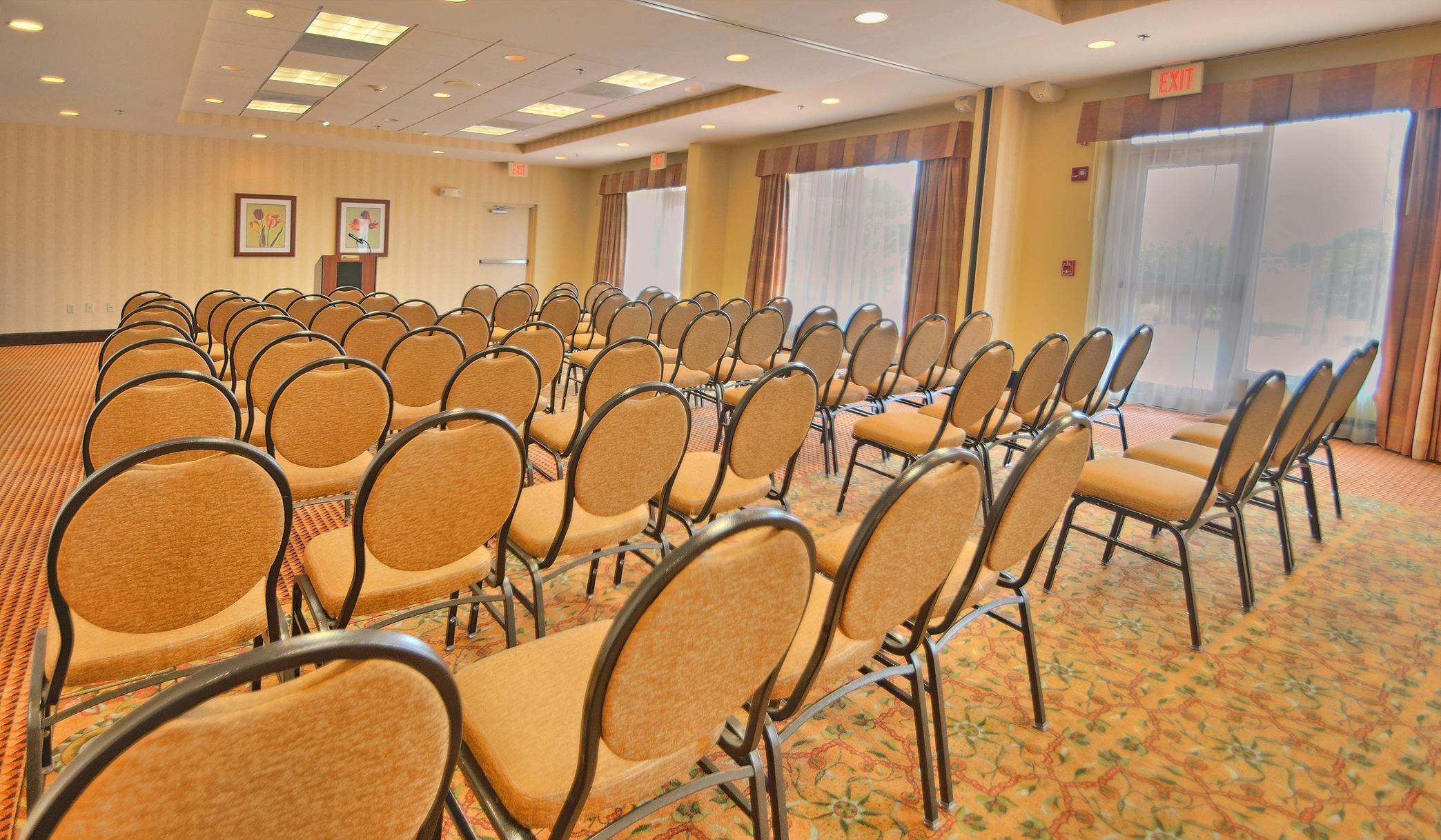 hilton garden inn kankakee 455 riverstone parkway kankakee il hotels motels mapquest - Hilton Garden Inn Kankakee