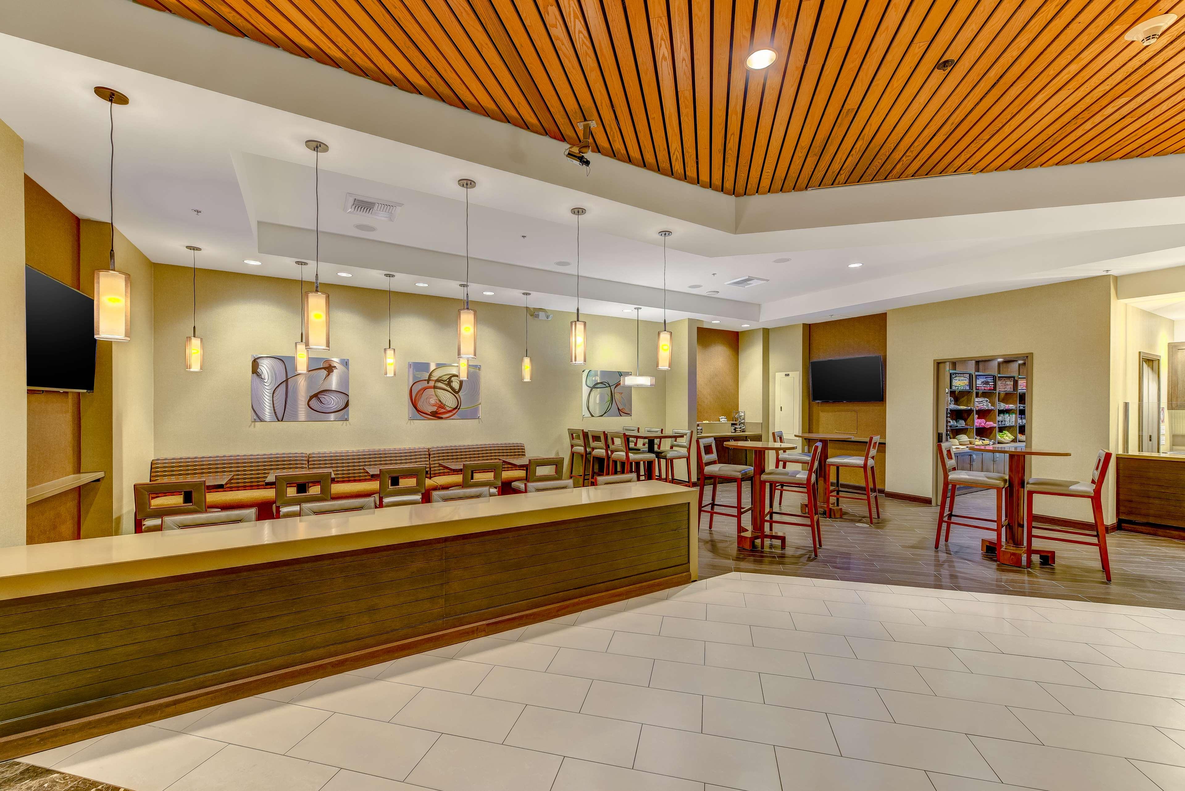 DoubleTree by Hilton Hotel Anaheim - Orange County image 26