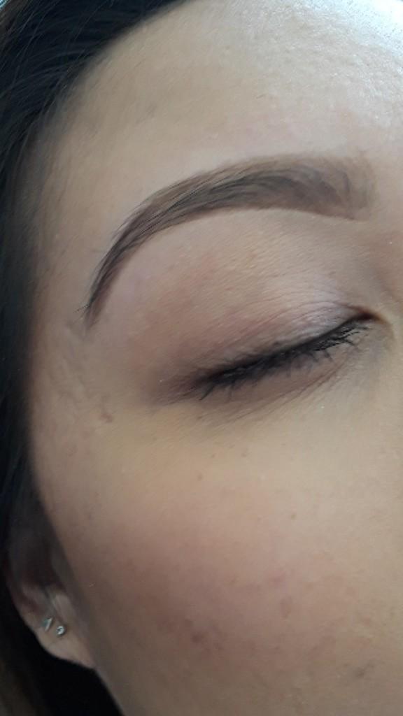 Roya Eyebrows Threading image 3