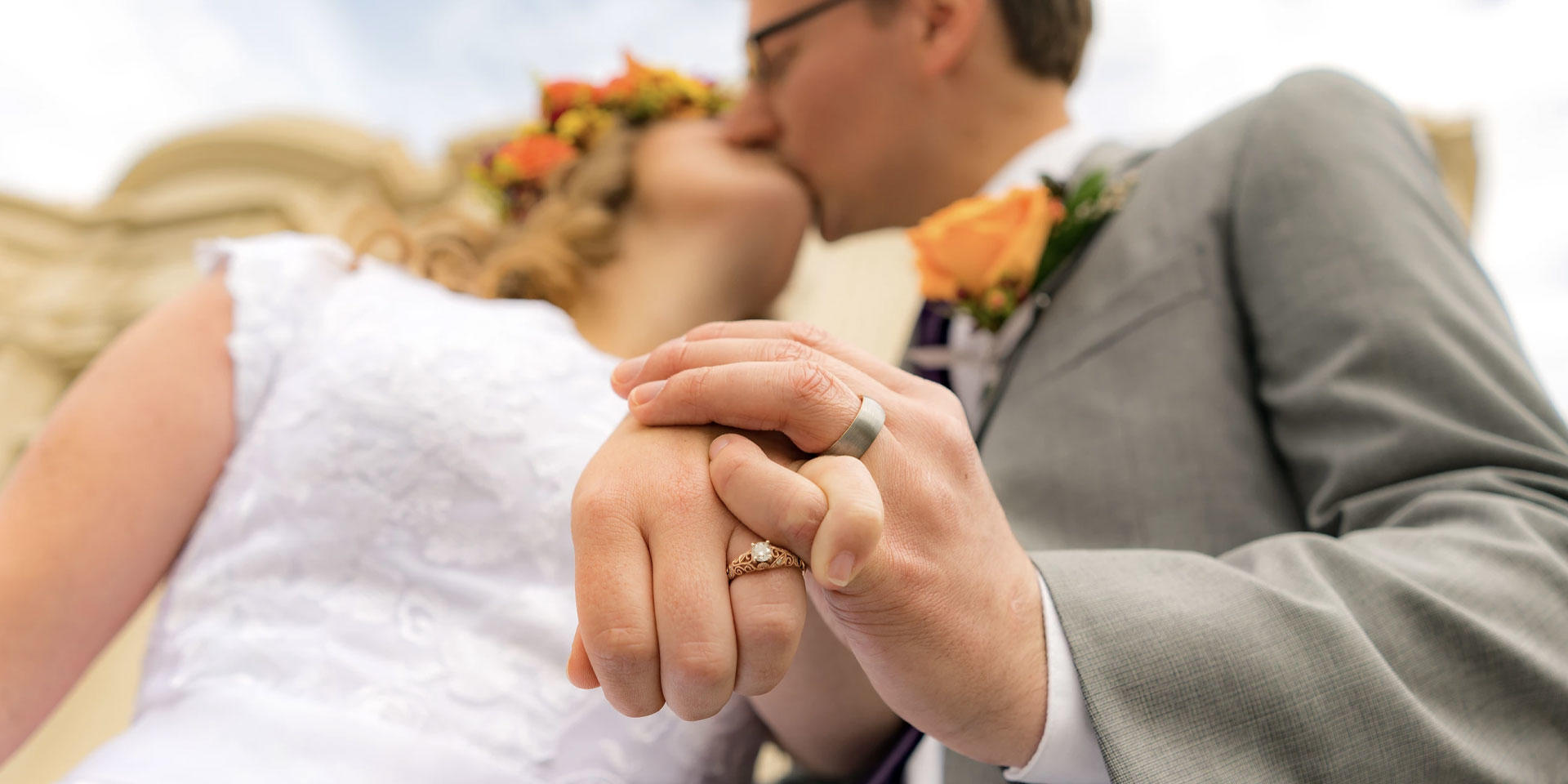 Clear Glass Wedding Videography image 0
