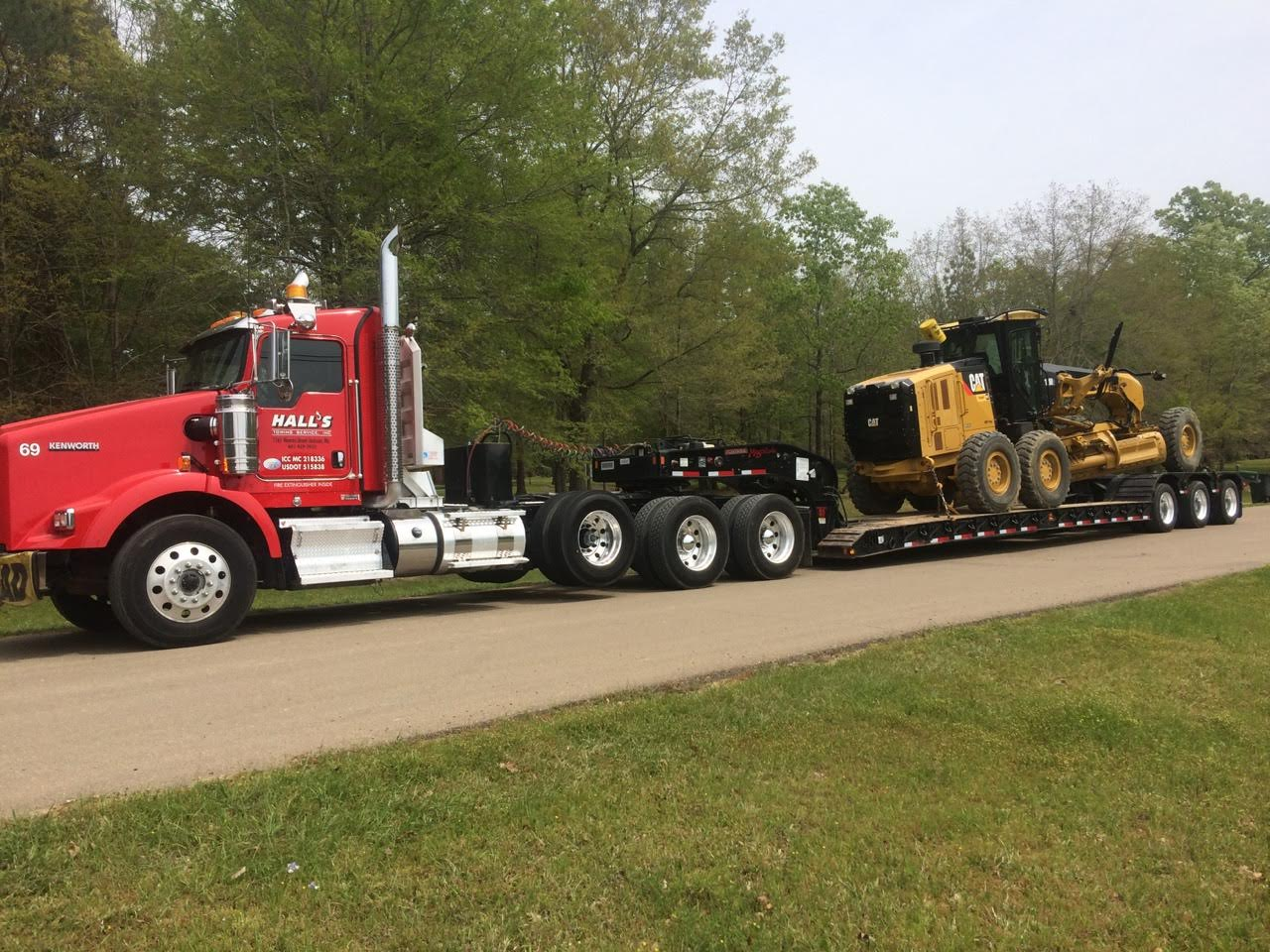Hall's Towing Service image 12