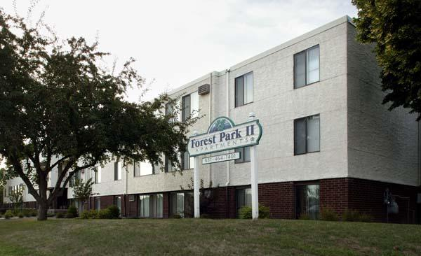 Forest Park Ii Apartments In Forest Lake Mn 55025
