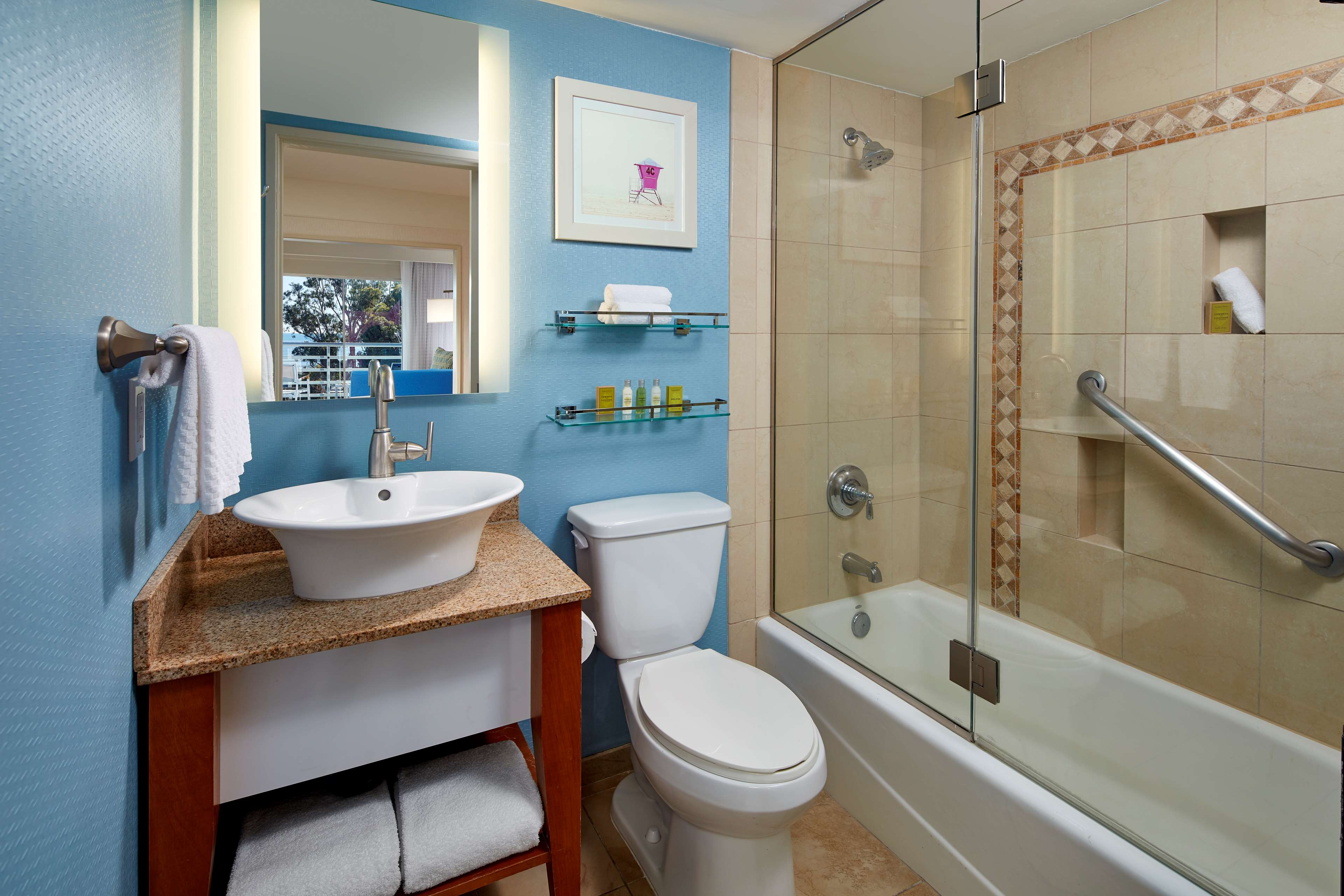DoubleTree Suites by Hilton Hotel Doheny Beach - Dana Point image 10