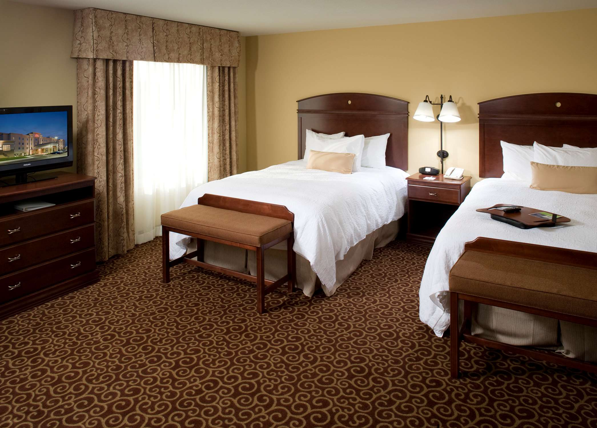 Hampton Inn & Suites Rochester-North image 23